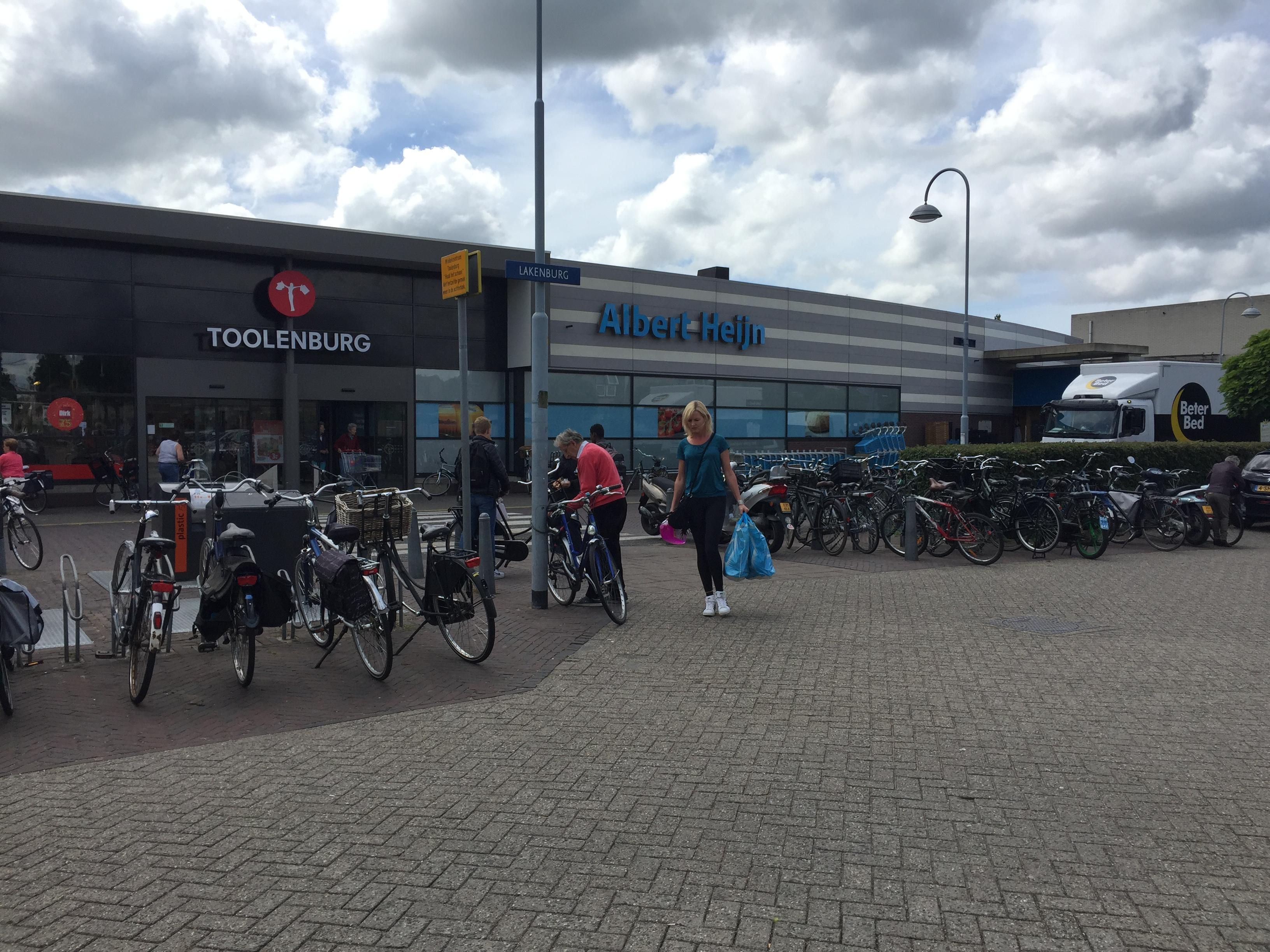 Vrees voor ongelukken bij winkelcentrum Toolenburg