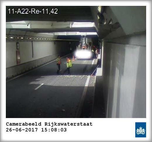 Truckincident in Velsertunnel is een 'ongelukkig toeval' geweest