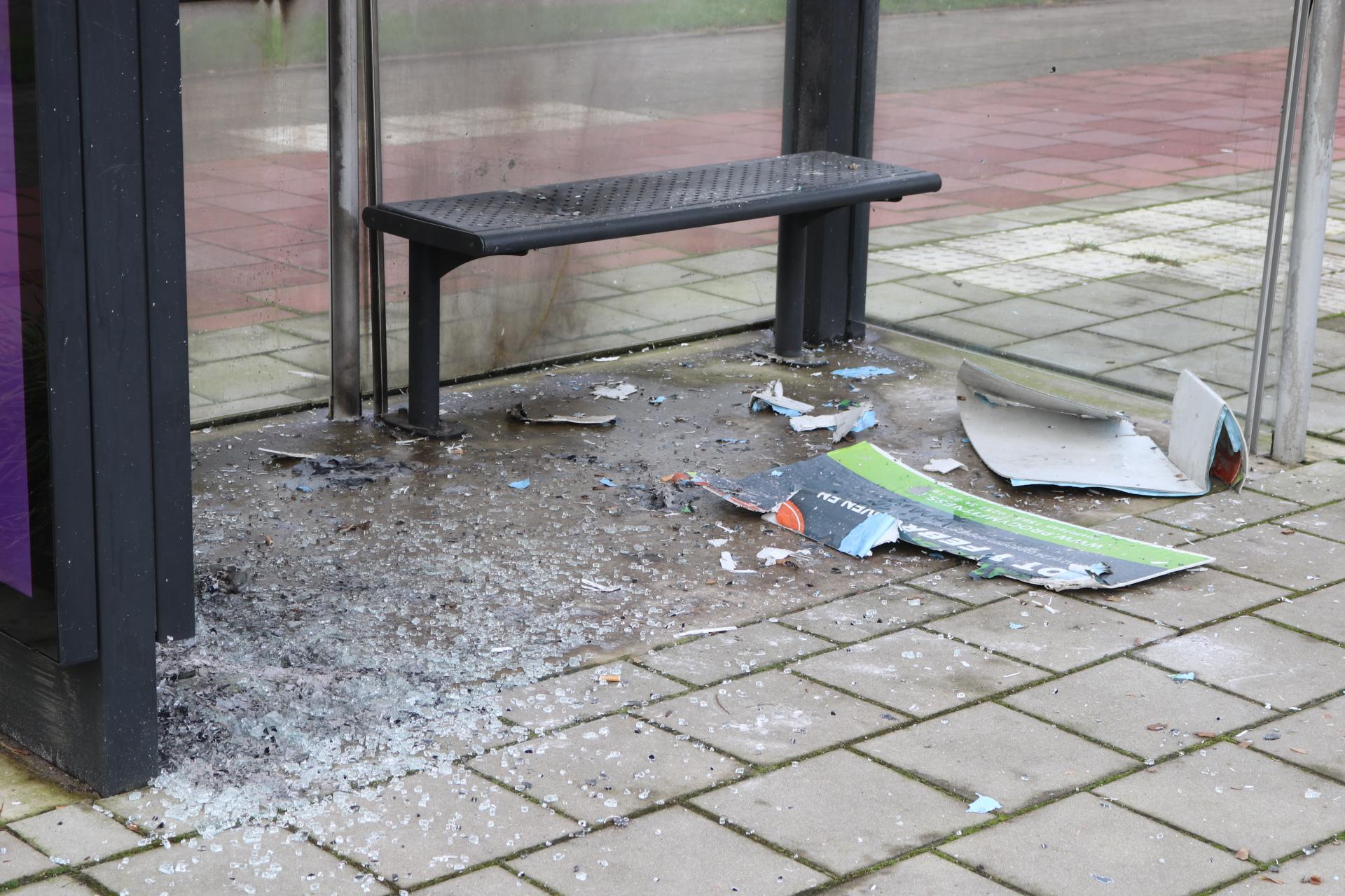 Grove vernielingen met illegaal vuurwerk in Hillegom