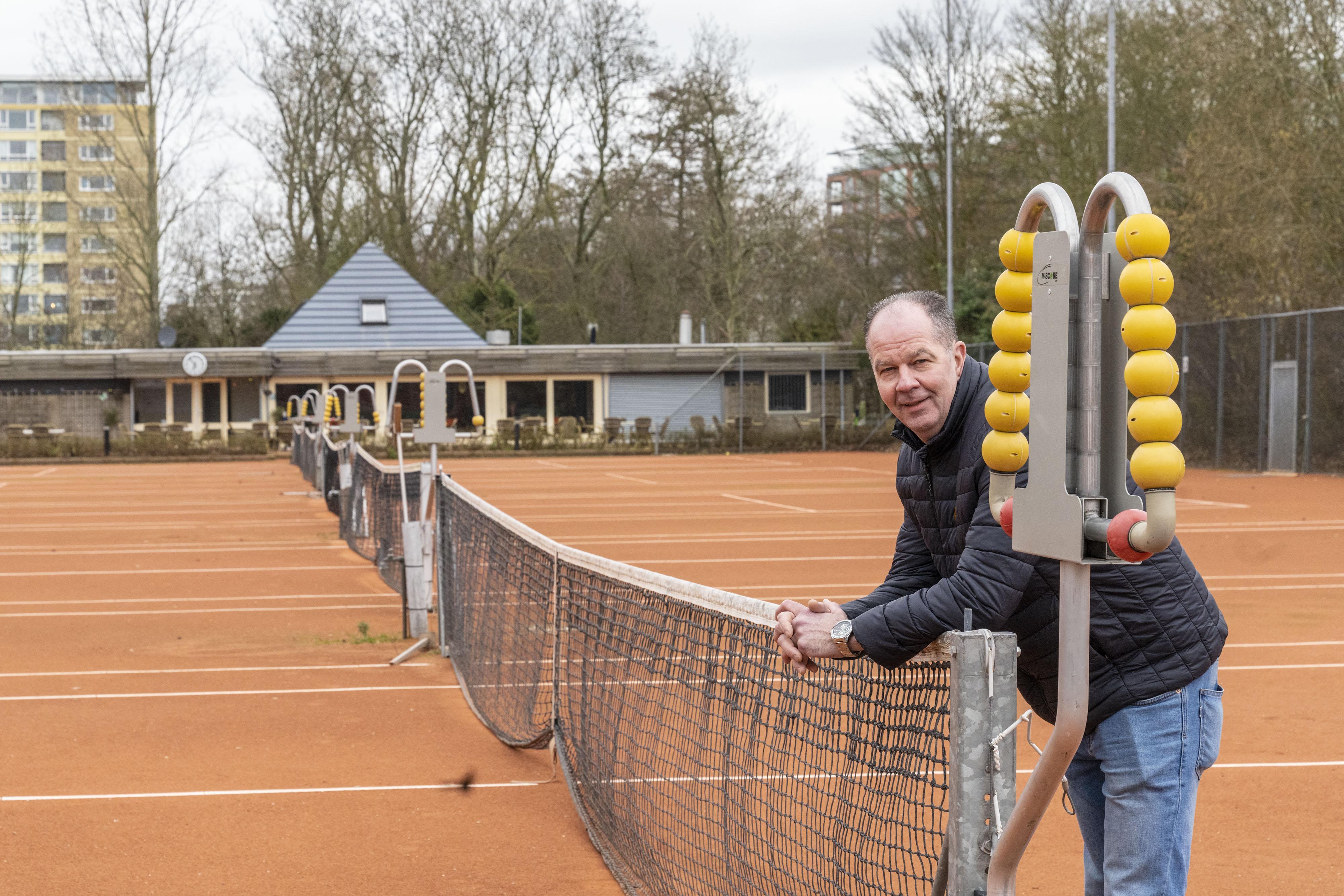 Henny Glasbergen was als pachter van tennisclub Roomburg 18 jaar het gezicht van de club