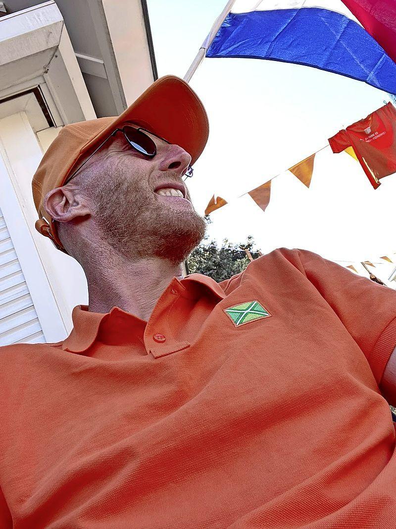 'Die passie van Wout Weghorst, daar kunnen sommige andere spelers nog een puntje aan zuigen', zegt oud-international Martijn Meerdink in de oranje Bloemstraat