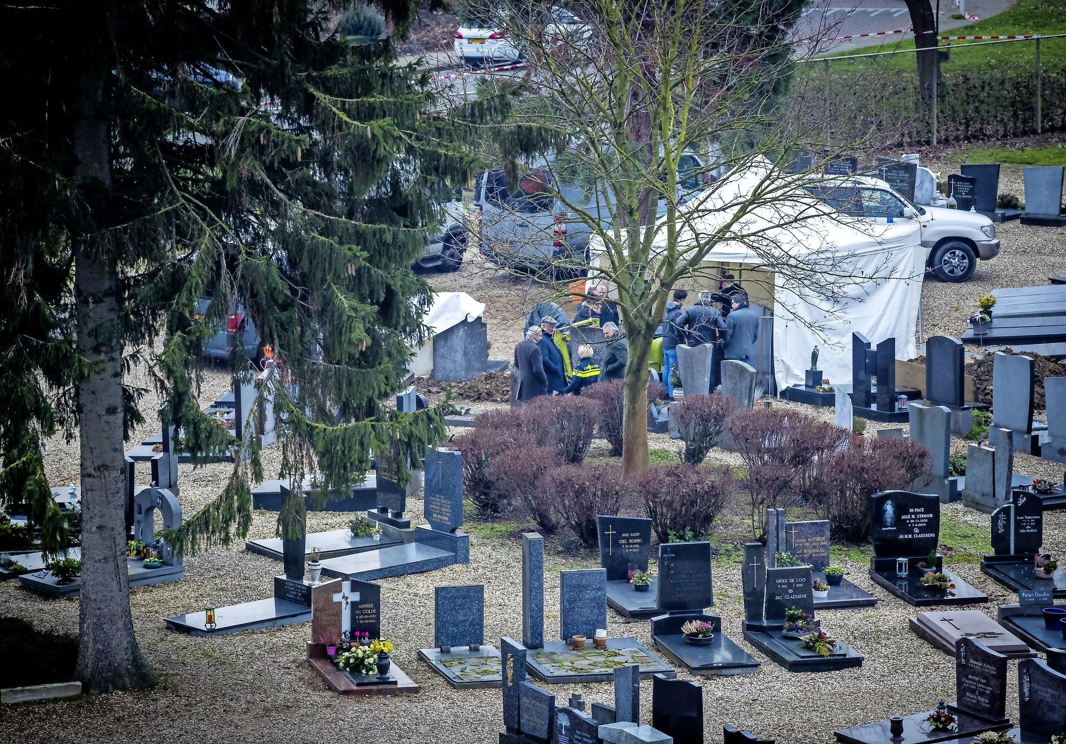 Coldcaseteam Noord-Holland heeft primeur met versterking door komst vrijwilligers, een landelijk speurteam komt er volgens de politie niet