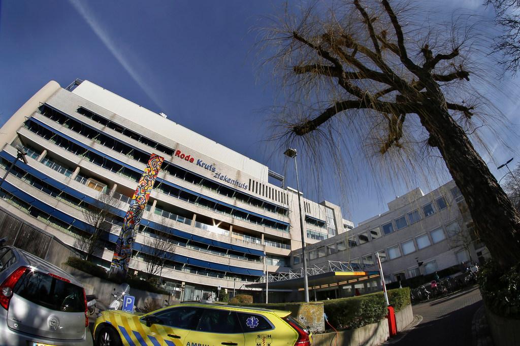 Opnamestop op Intensive Care Rode Kruis Ziekenhuis Beverwijk vanwege besmetting coronavirus