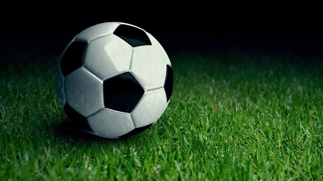 Koen Beeren is weer op dreef bij Bloemendaal met drie goals tegen Altior