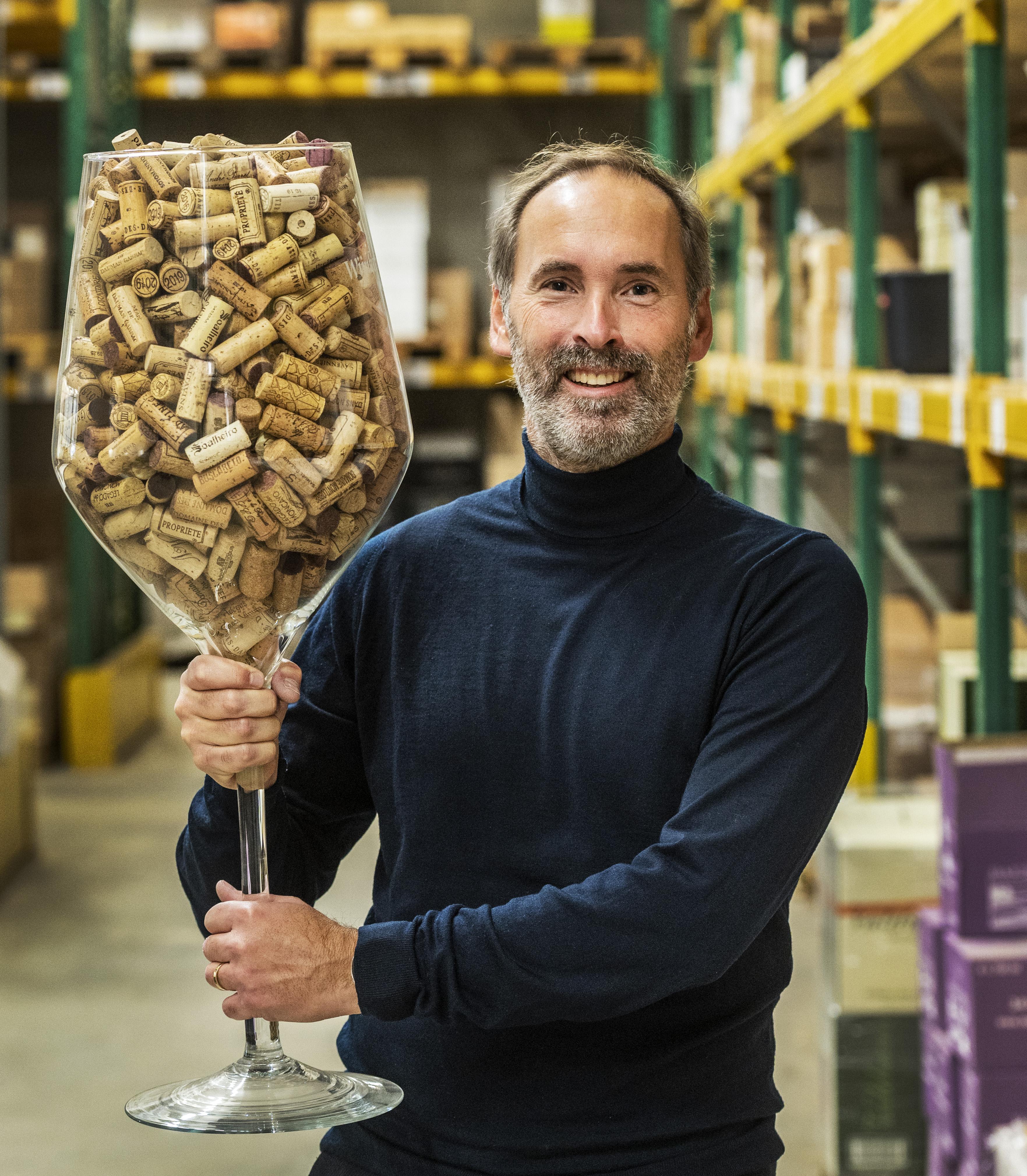 Eretitel voor Xavier Kat van het Haarlemse Okhuysen, een wijnhandelaar zonder 'blabla'
