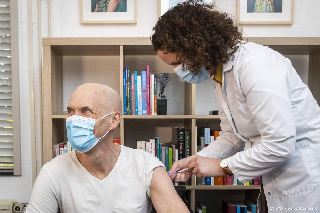 Acute zorg wil vaccinatie personeel met vaccin Janssen doorzetten
