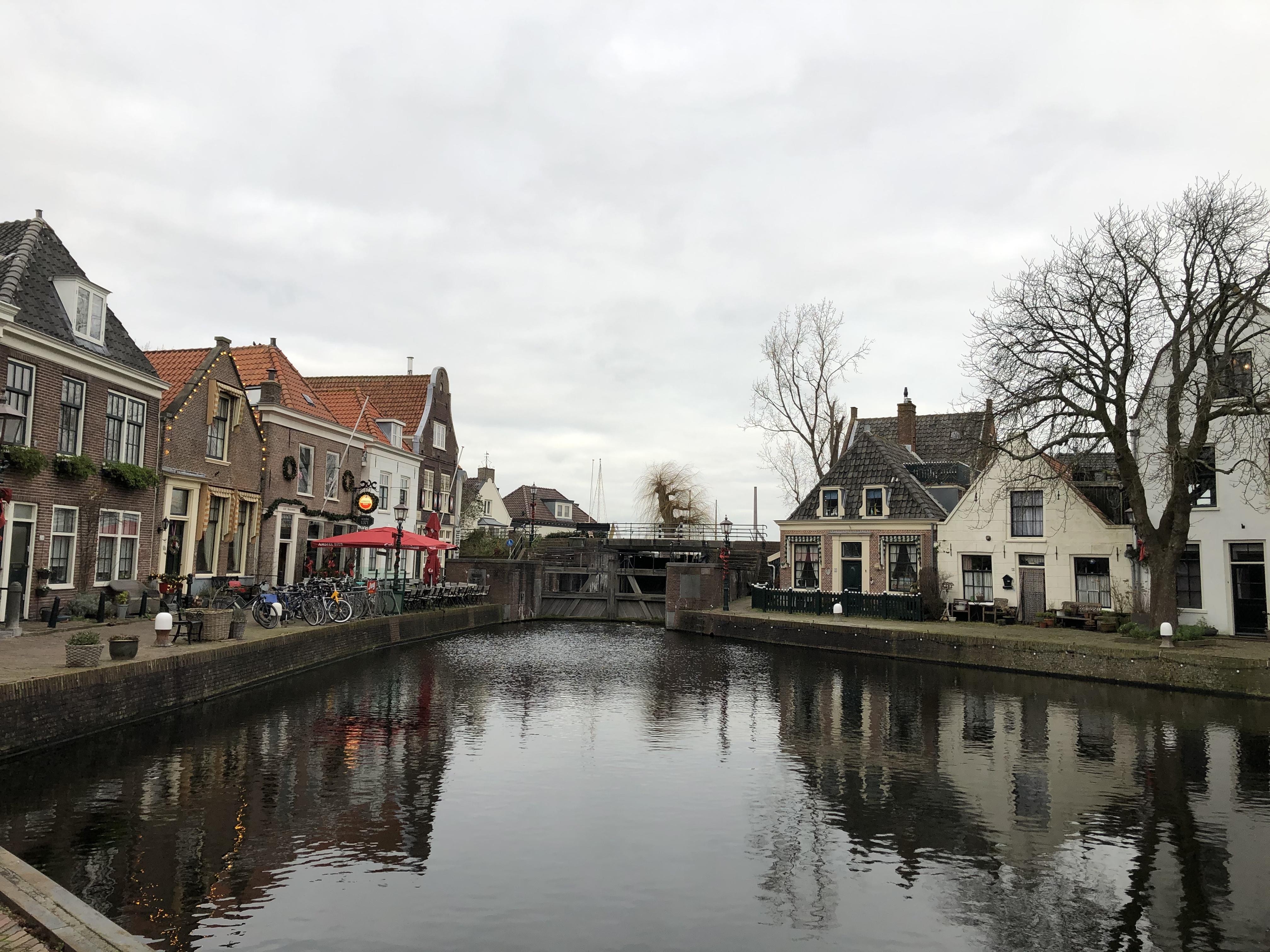 Monumentale kademuren van Kolksluis Spaarndam in november vervangen
