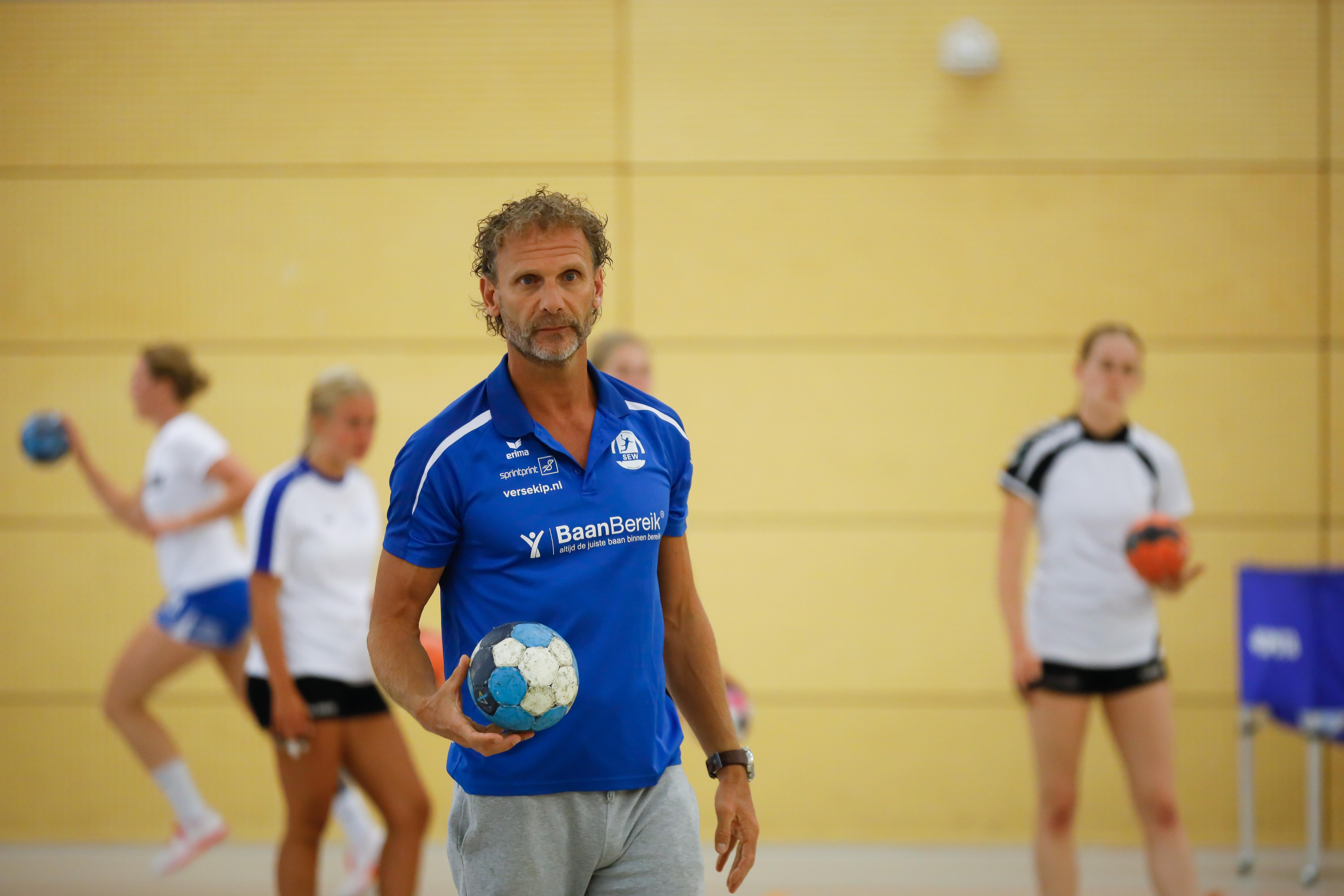 Trainer draait Westfriesland SEW's 'nee' over deelname aan European Cup terug en dus keren de handbalsters na zeven jaar terug in Europa