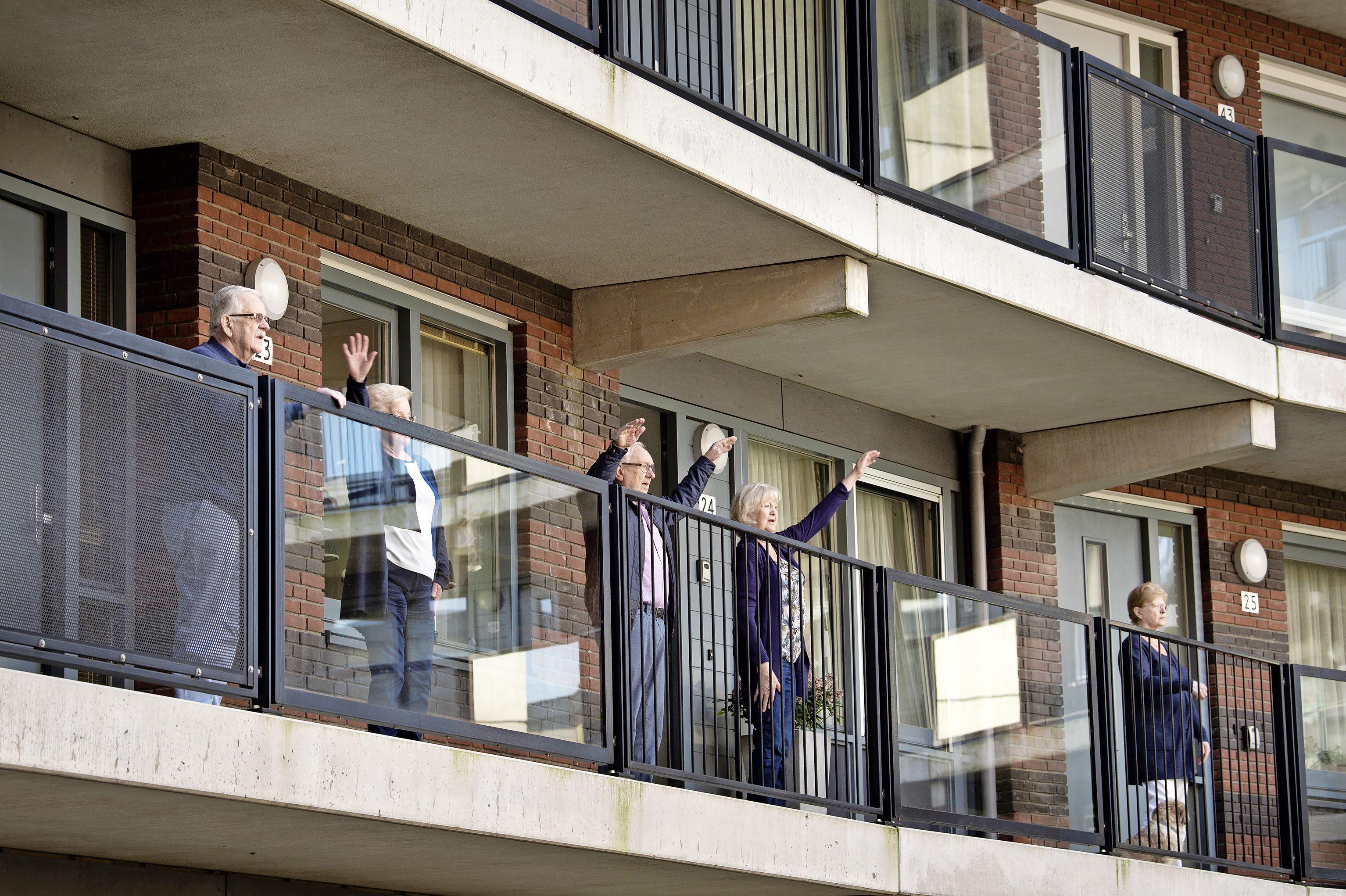 De Derde Helft mag Nationale Balkonbeweegdag in Leiderdorp nu wel aankondigen
