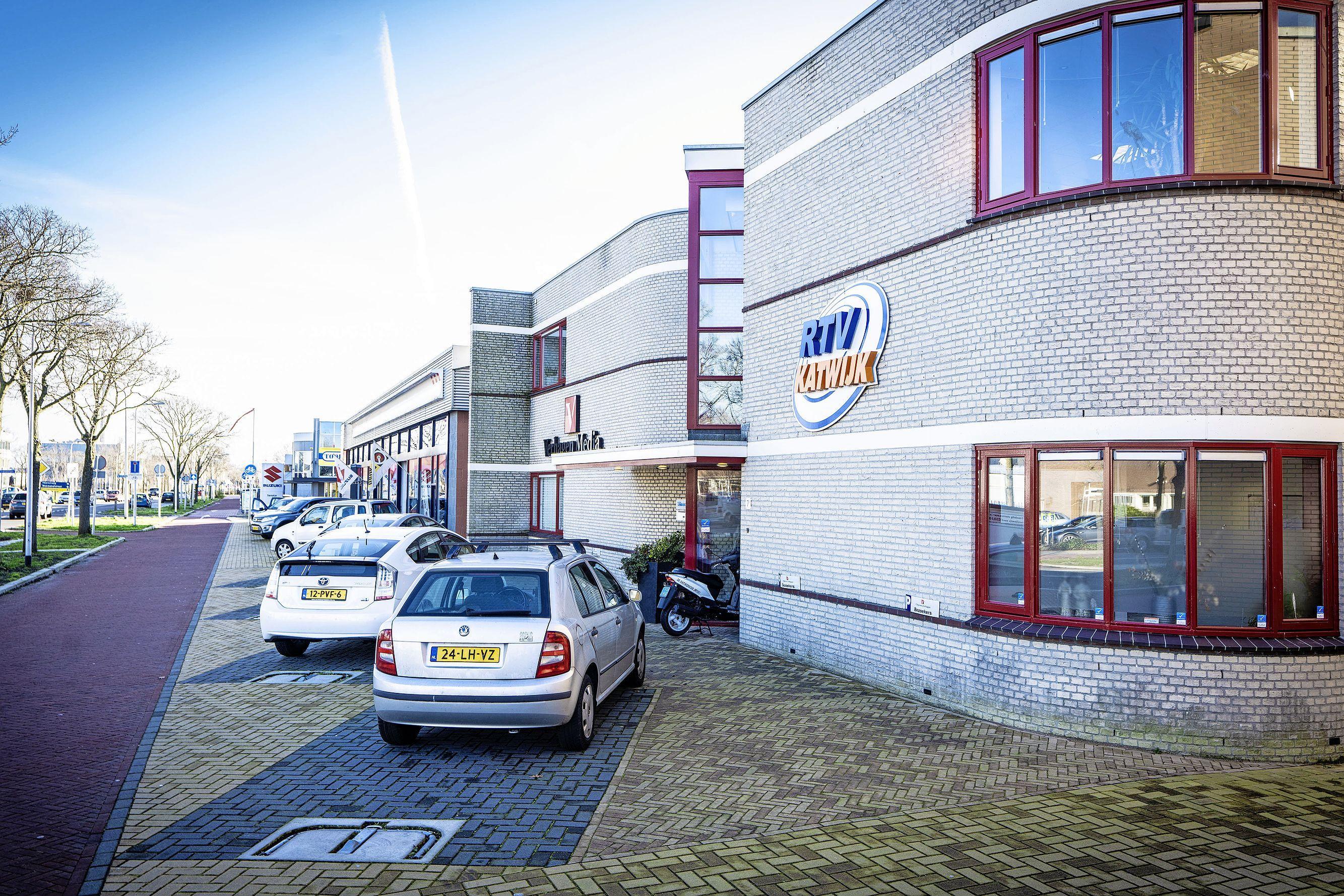 RTV Katwijk probeert met extra algemene ledenvergadering vorming streekomroep te redden: 'We zitten in een spagaat'