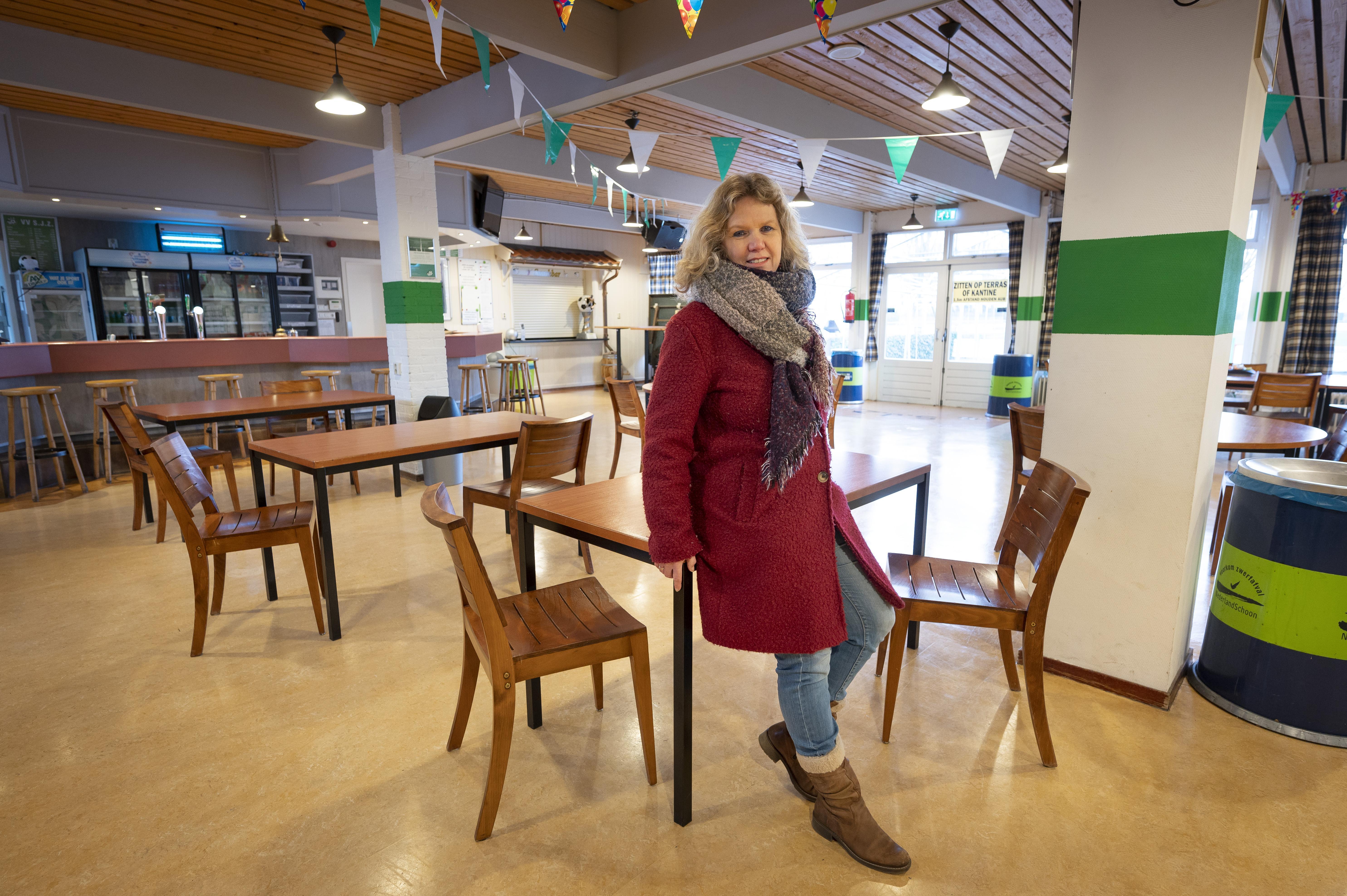 Monique Pieterse vrijwilliger van het jaar in Zoeterwoude; 'Met de coronaregels moet je passen en meten. Samen kun je er iets moois van maken'