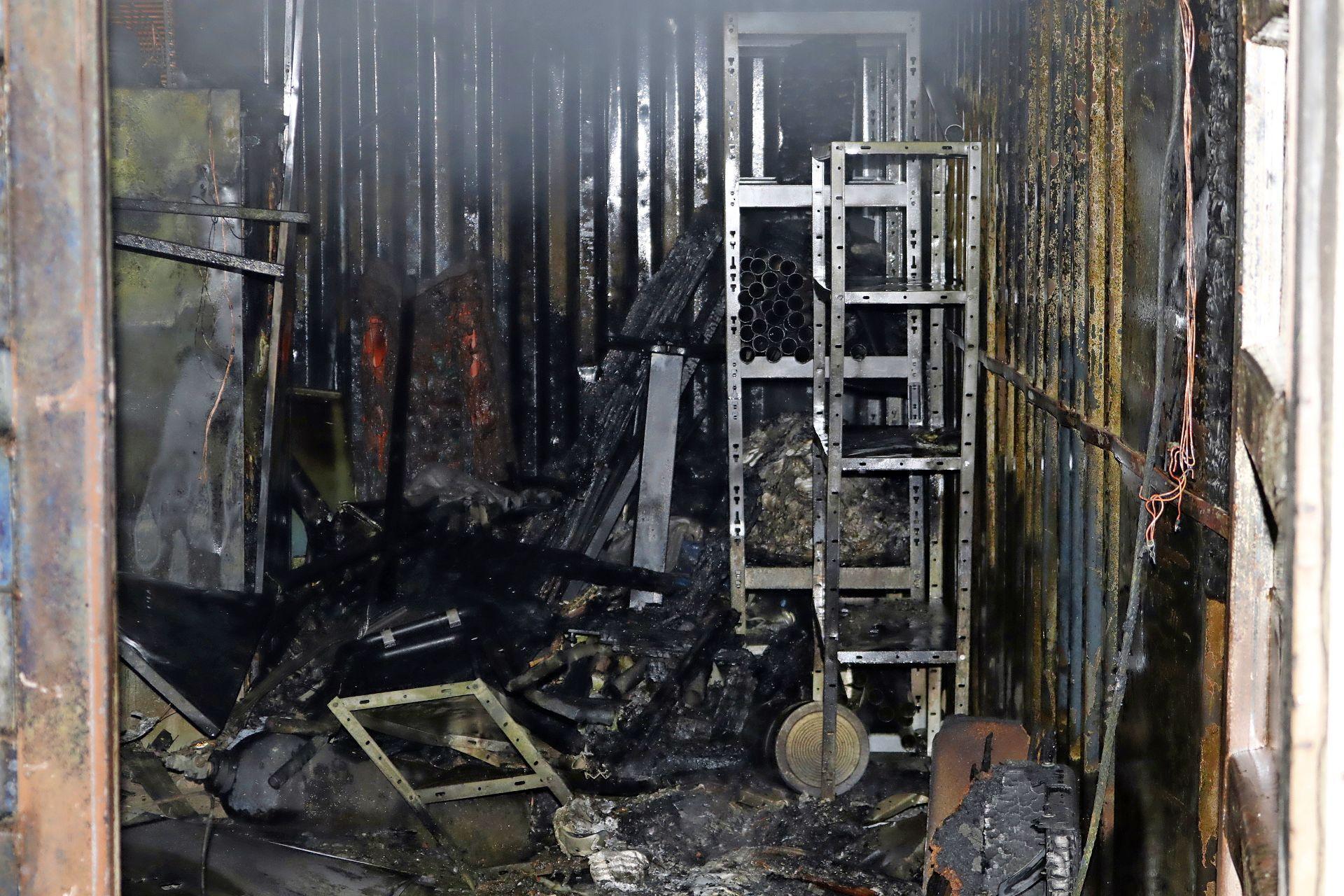 Korfbalvereniging Madjoe aangeslagen na 'aangestoken brand' in opslagruimte: 'Financieel heeft het niet veel waarde, maar voor ons wel'