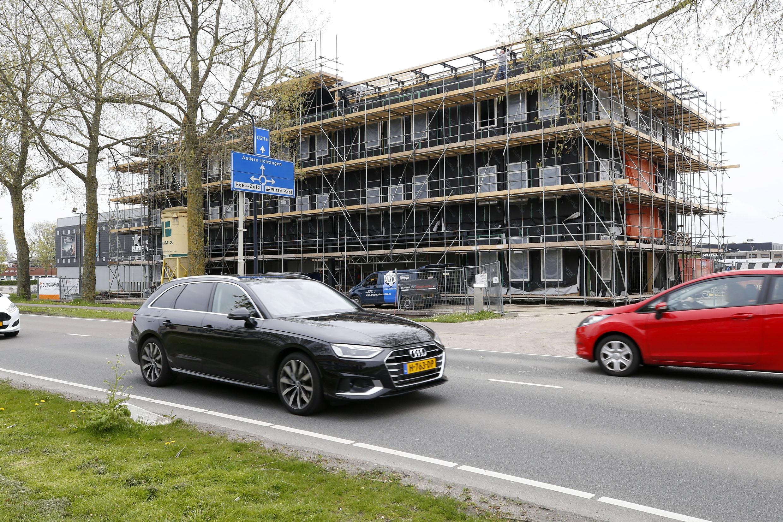 Niemand die erom heen kijken kan: nieuwbouw Gorter Group in Schagen neemt grote vormen aan