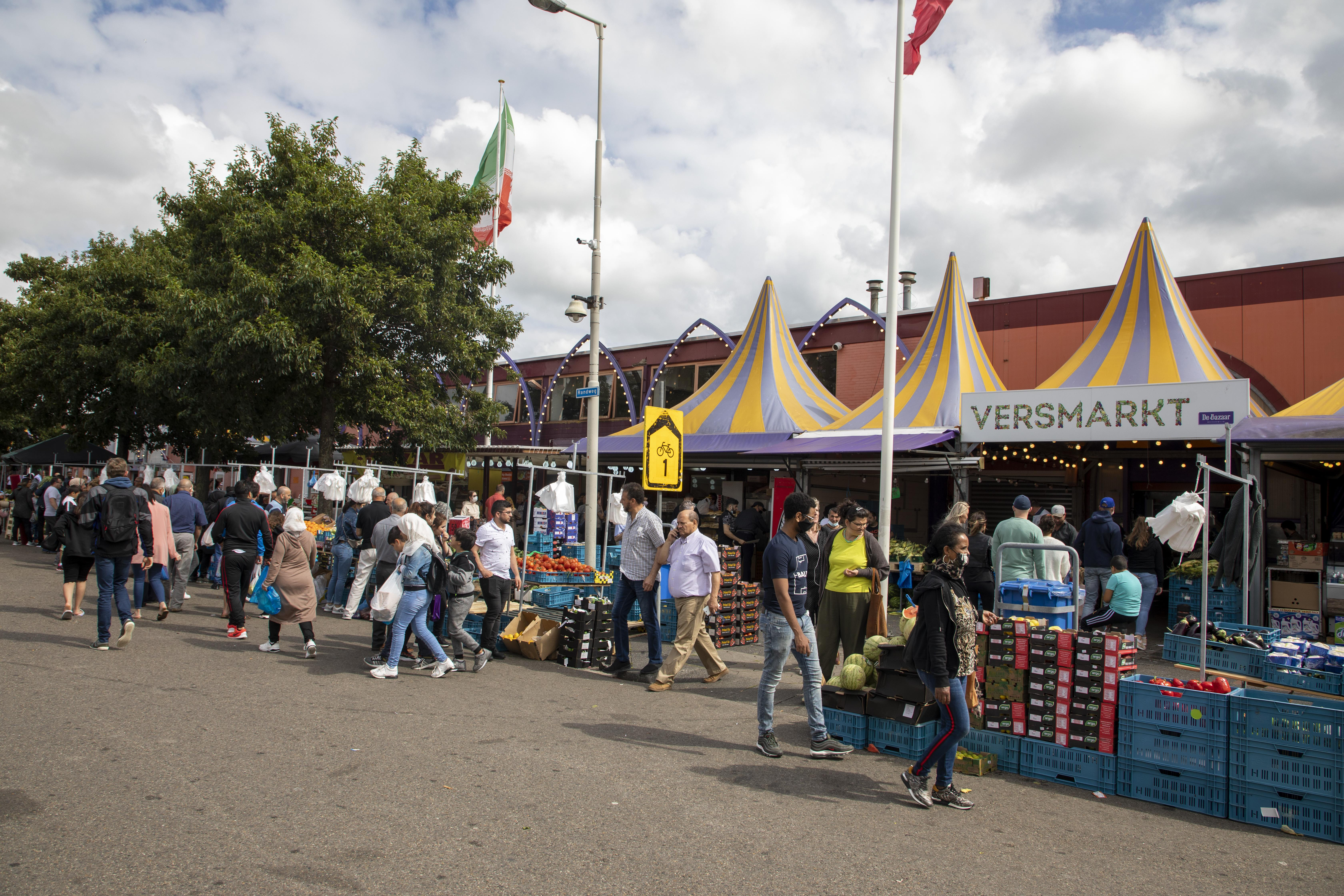 Extra 'ogen' op De Bazaar in Beverwijk: om toeloop van bezoekers beter in de gaten te houden