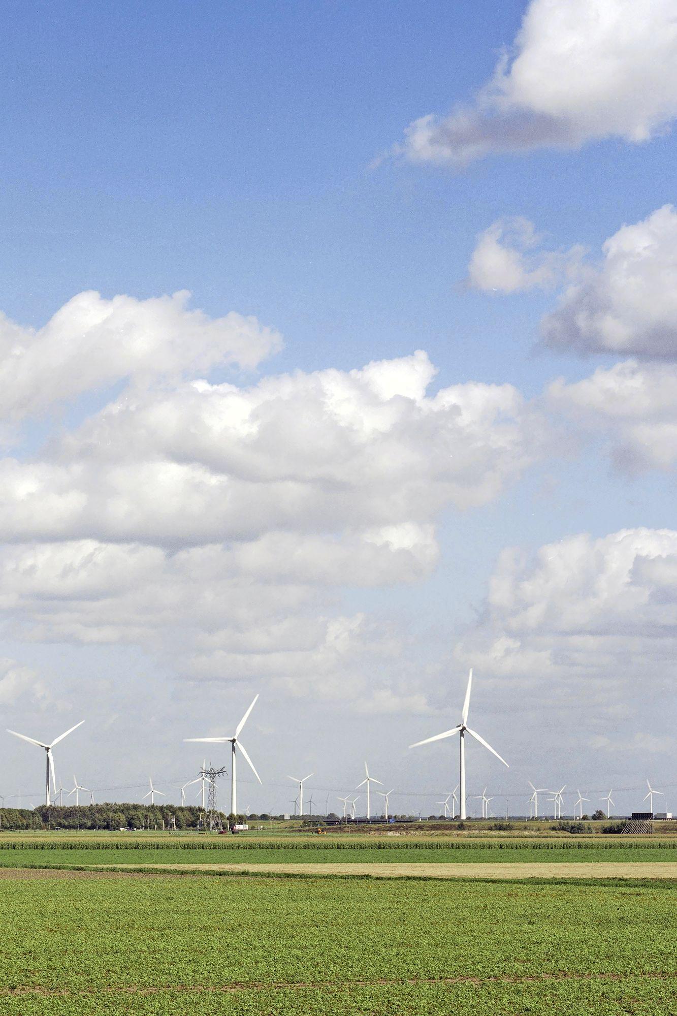 Windenergie verdeelt politiek Haarlemmermeer, betere informatie vereist voor goede participatie