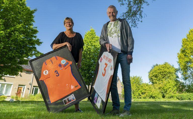 Stefanie van der Gragt: vier zussen op voetbal en 'Steef' haalde Oranje [video]