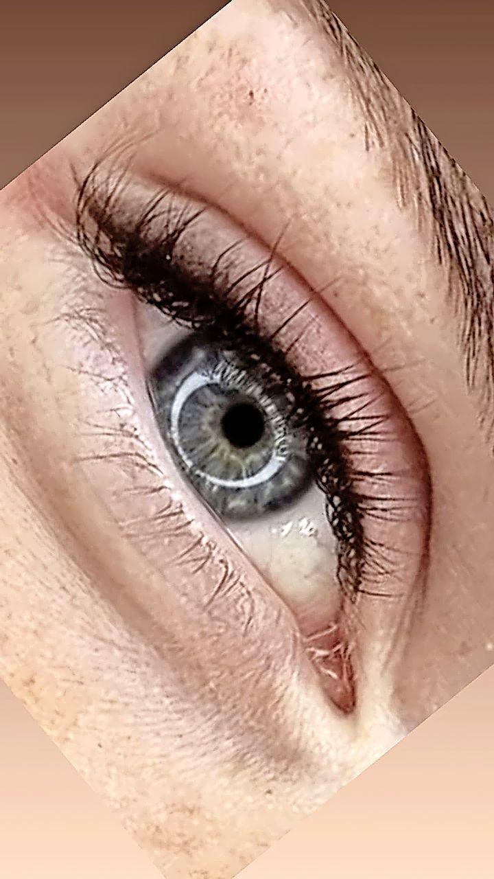 Heb jij mooie ogen? Dan mag je misschien mee naar Turkije. Maar dan wil Kim je wel van permanente make up voorzien