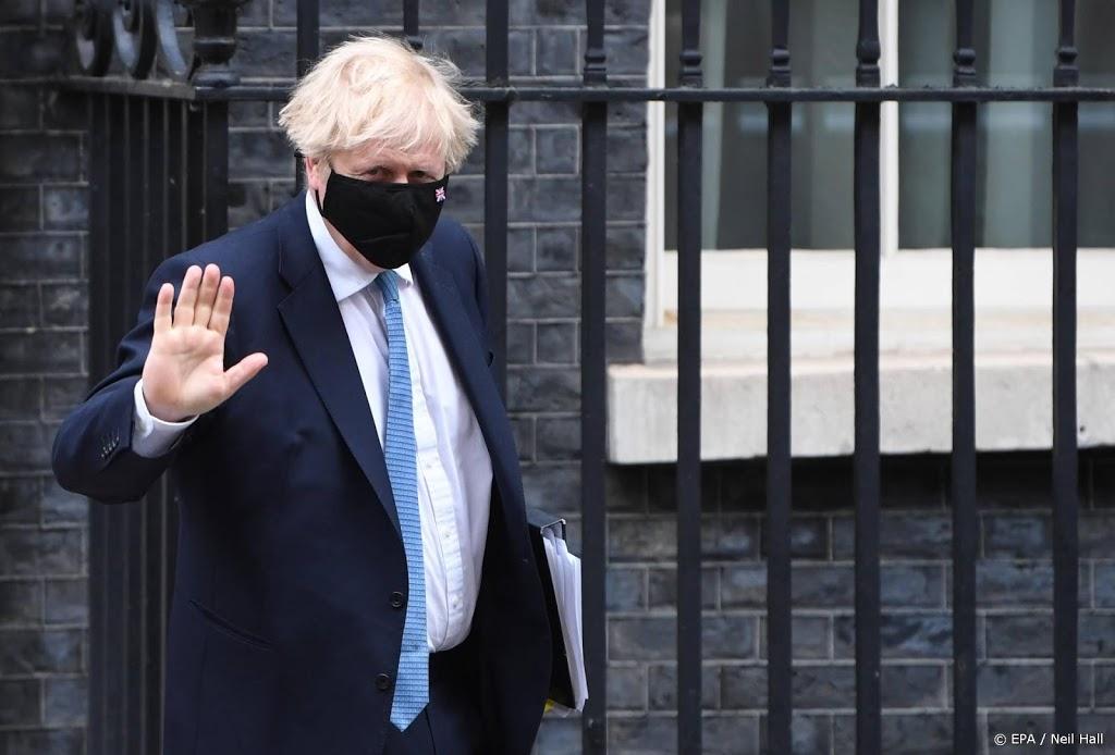 Britse premier kondigt onderzoek aan naar aanpak coronavirus