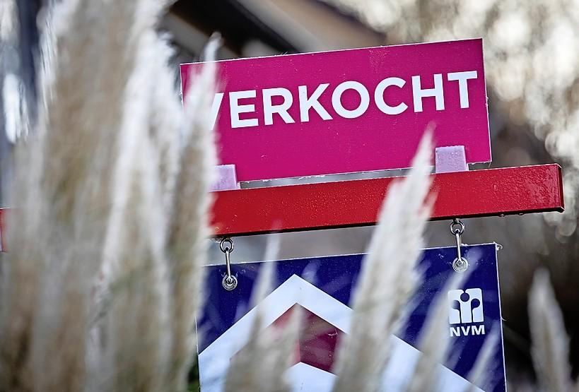 Huizenprijzen in de Zaanstreek schieten weer door het dak: 'gewoon' rijtjeshuis kost gemiddeld 334.000 euro; stijging van 11,5 procent