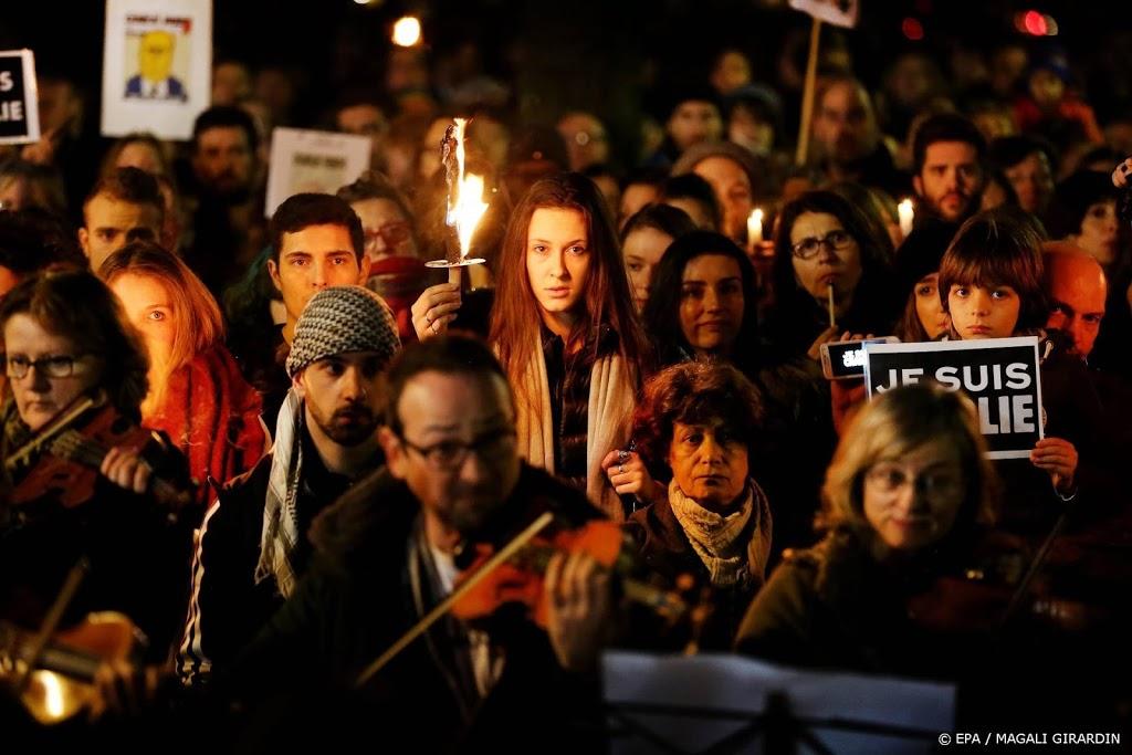 Proces aanslag Charlie Hebdo verder vertraagd door corona
