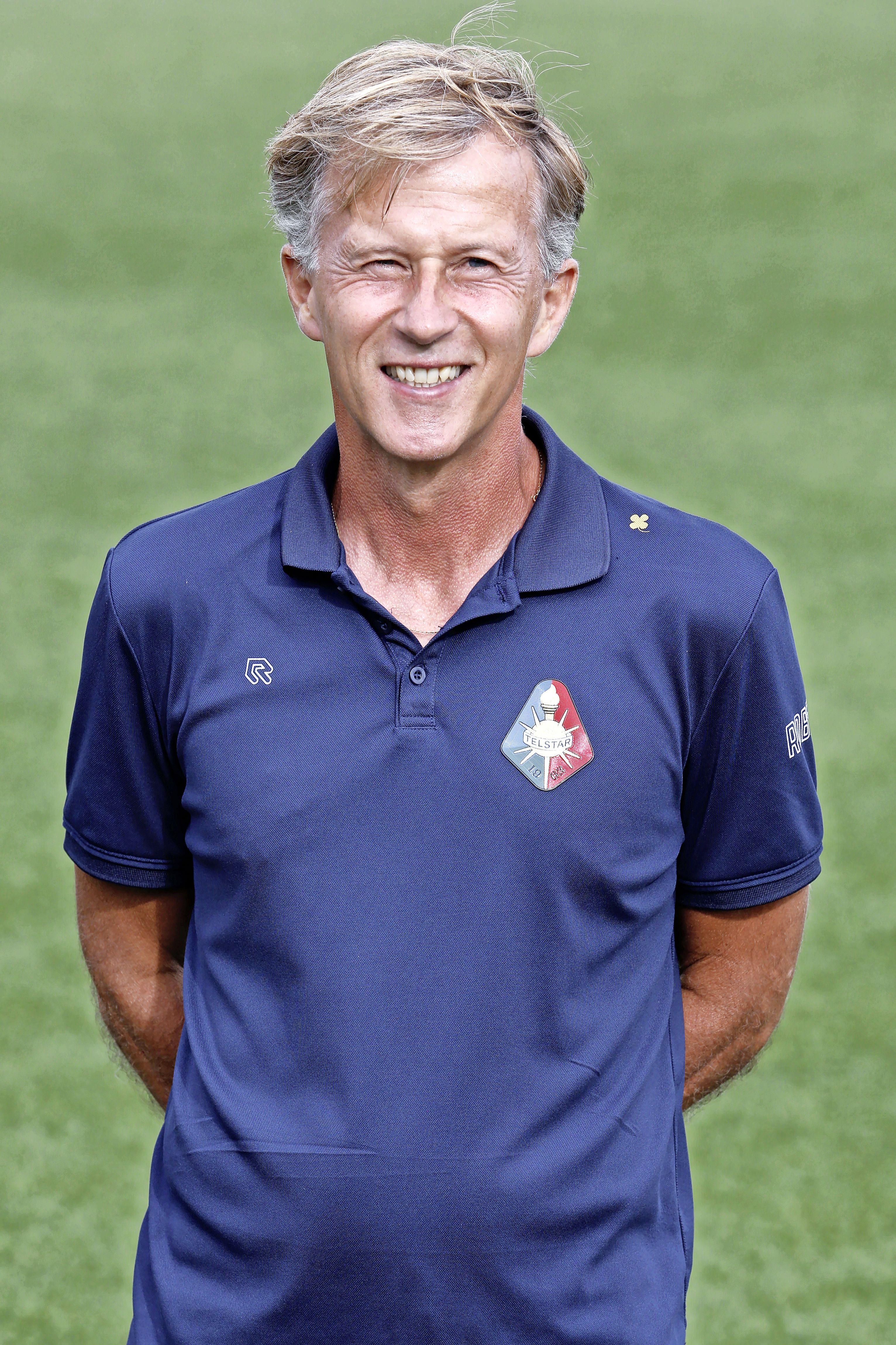 Ondanks volle ziekenboeg vindt Andries Jonker dat Telstar van FC Eindhoven kan winnen