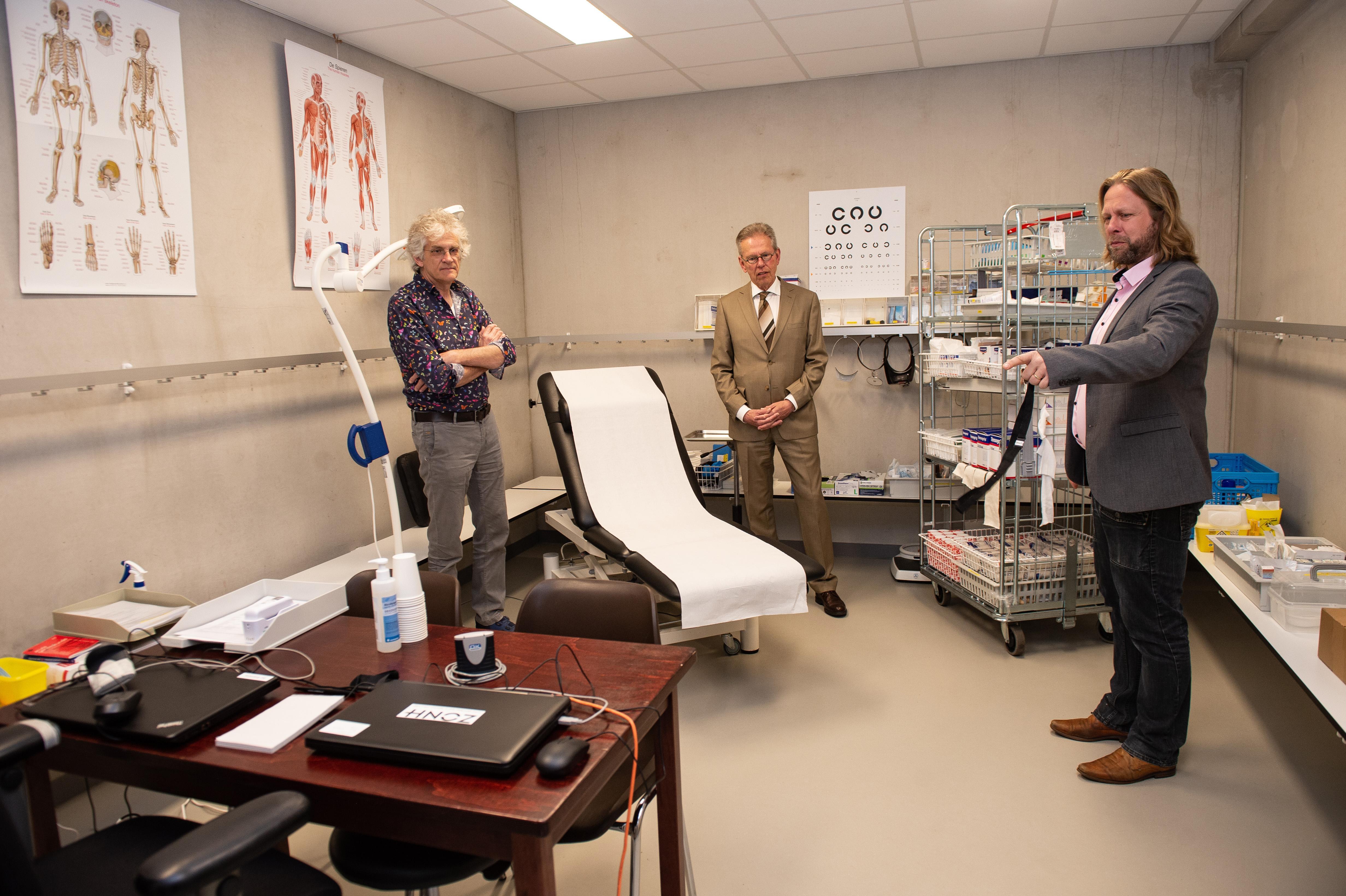 Huisartsen regio Zaanstreek-Waterland in gesprek met ziekenhuizen over overname zorg coronapatiënten