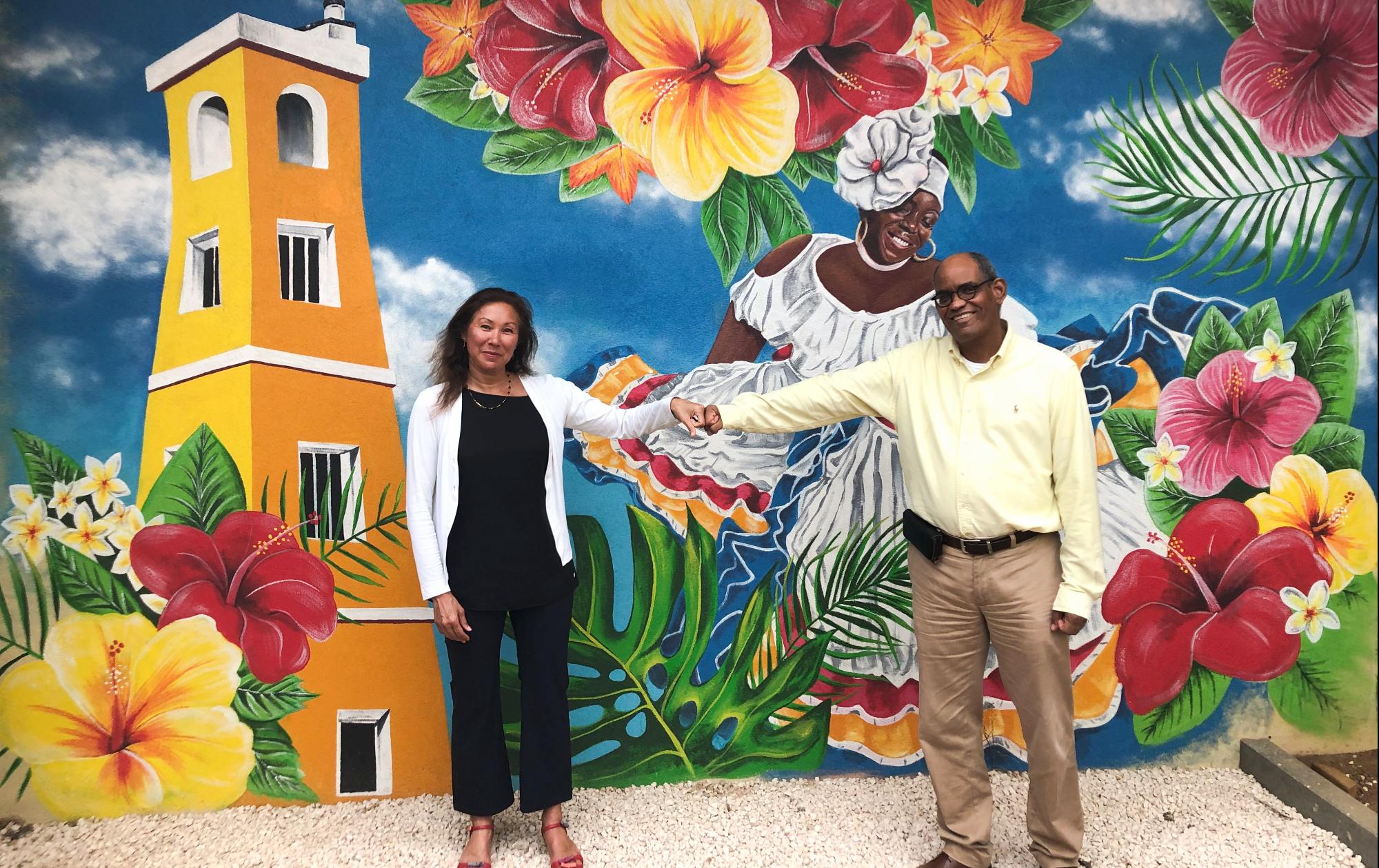 Haarlemse ouderenzorg leert van familiecultuur op Bonaire en andersom. Kennemerhart en Fundashon Mariadal intensiveren samenwerking