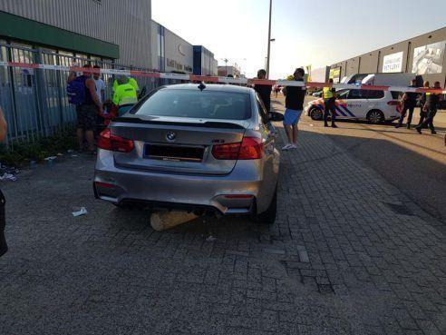 Werkstraf en rijverbod voor Badhoevedorper na halsbrekende toeren waarbij drie bezoekers van auto-evenement Carbecue ernstig gewond raakten