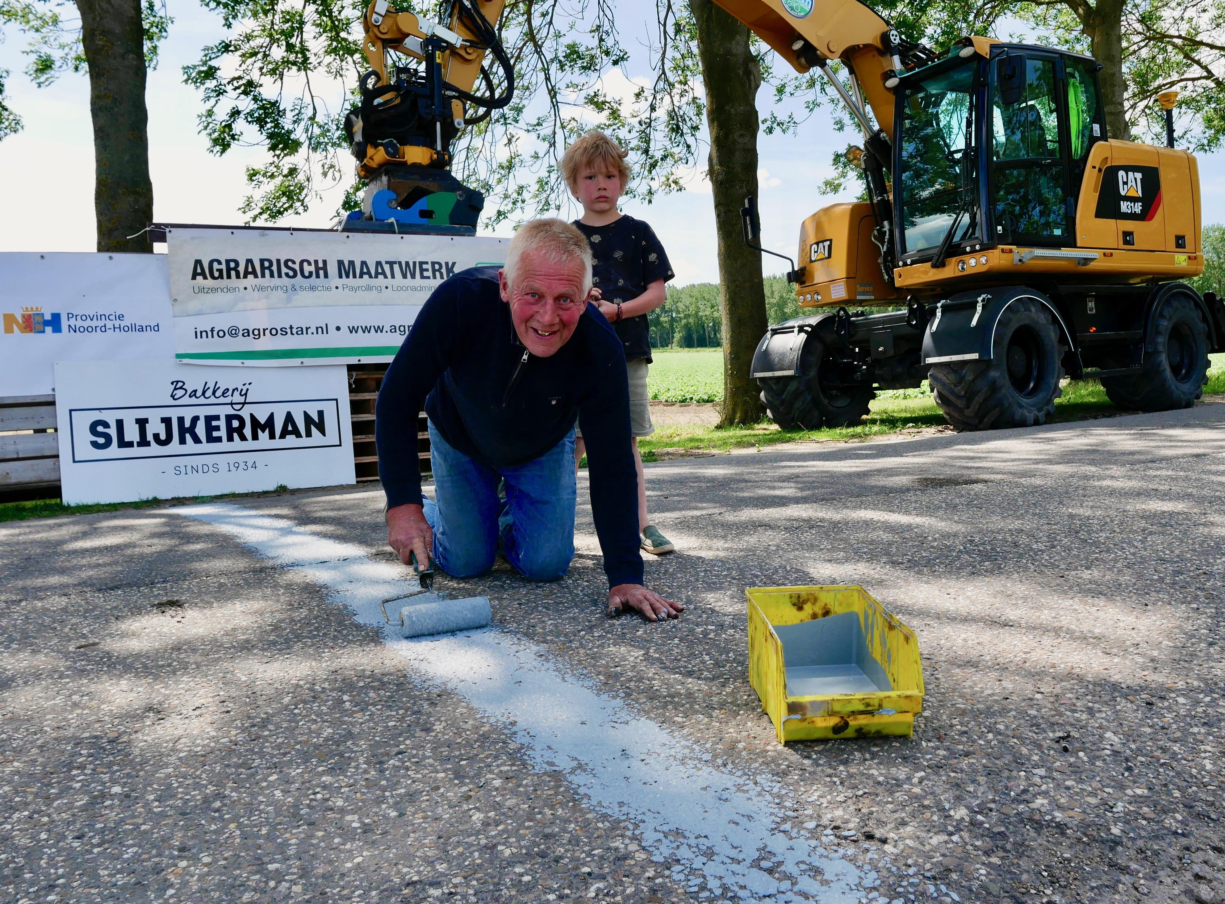 Oud-winnaar Nanno Bakker trekt zelf finishlijn in Ronde van Noord-Holland