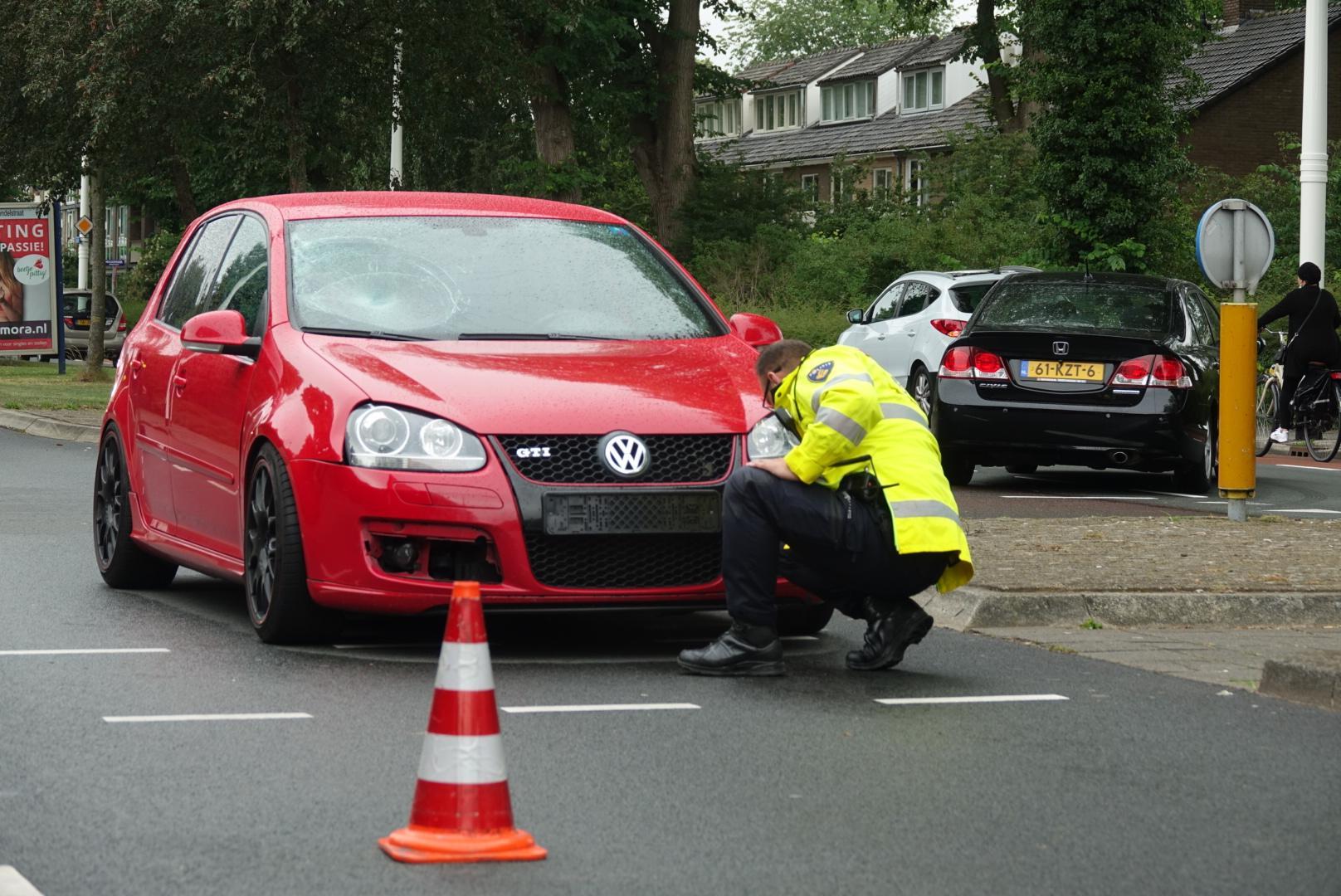 Jongen zwaargewond bij aanrijding met auto in Alkmaar