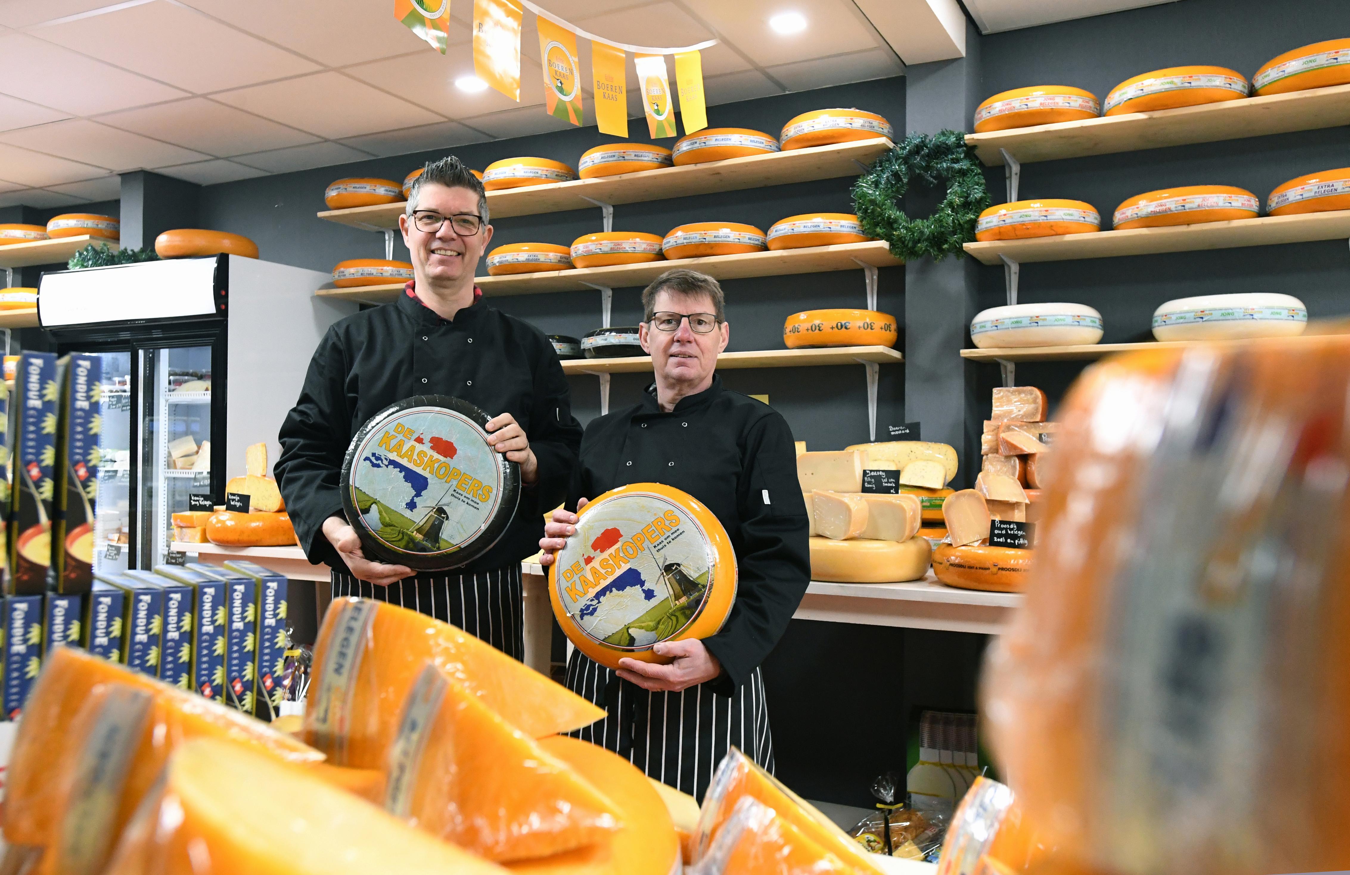 Lekkere kaas, die ook gewoon betaalbaar is. Je haalt het bij De Kaasboet. Maar niet op maandag en dinsdag, want dat zijn geen kaasdagen