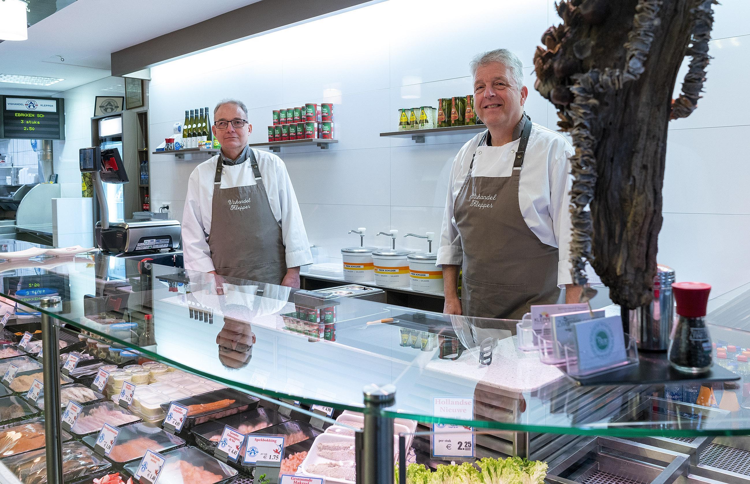 Het einde van de Klepperdynastie: Dirk Klepper sluit de deuren van de Alkmaarse viswinkel na 76 jaar