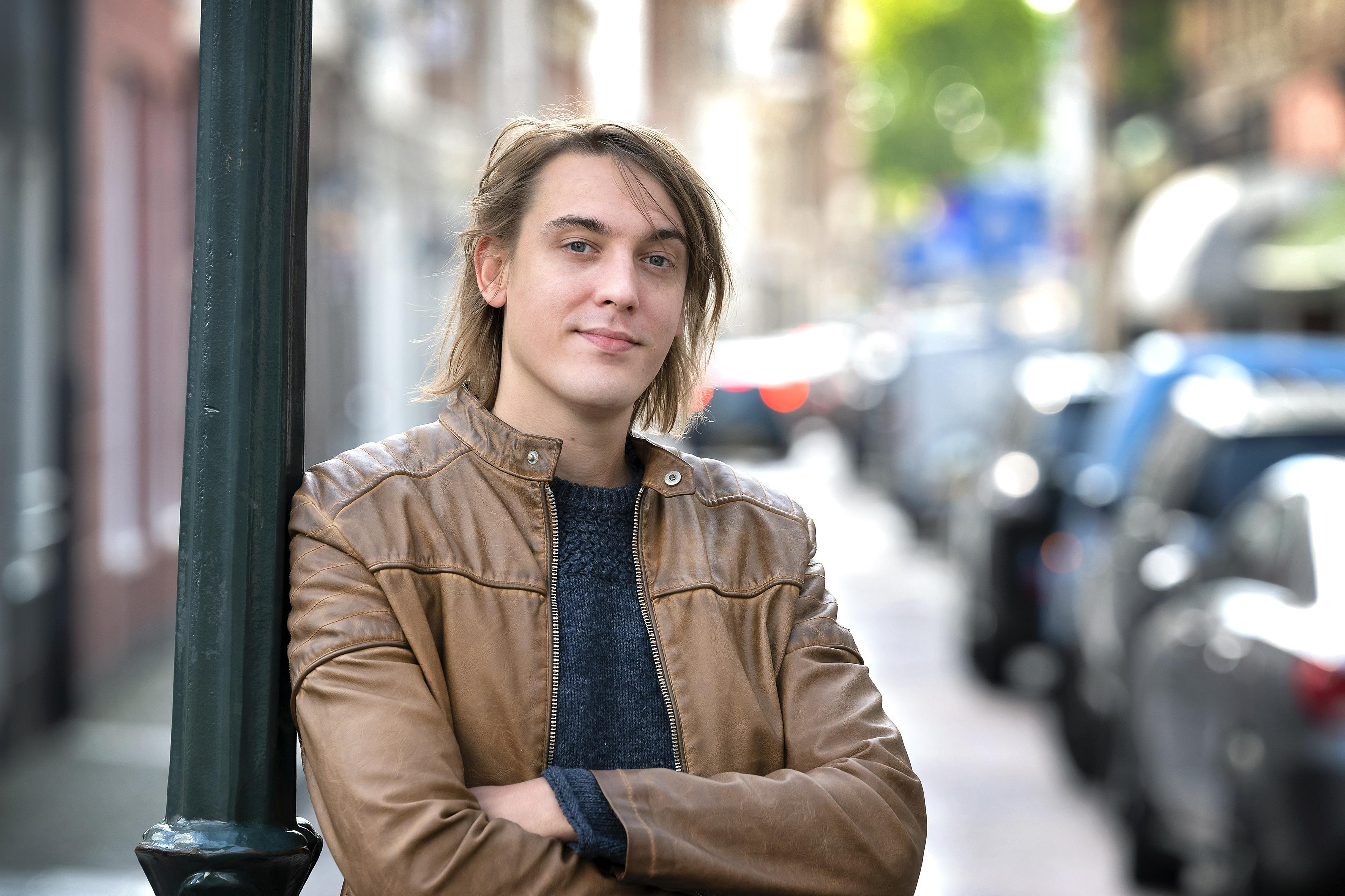 Kevin Stunnenberg verruilt ruige rock van Birth of Joy voor intieme liedjes als singer-songwriter