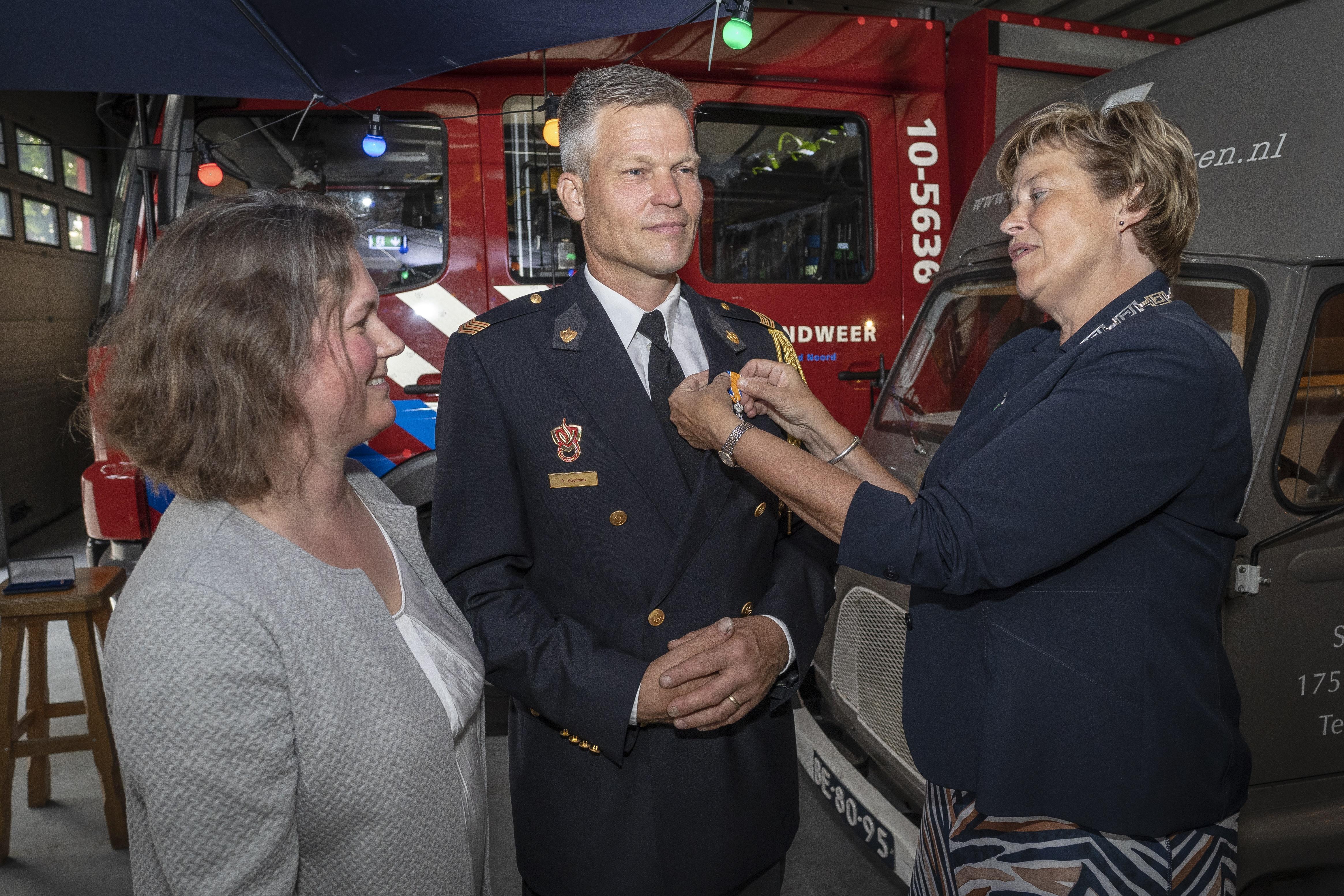 Twee toppers bij vrijwillige brandweer Schagerbrug onderscheiden