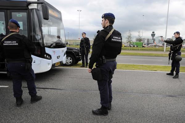 Extra maatregelen Schiphol blijven van kracht