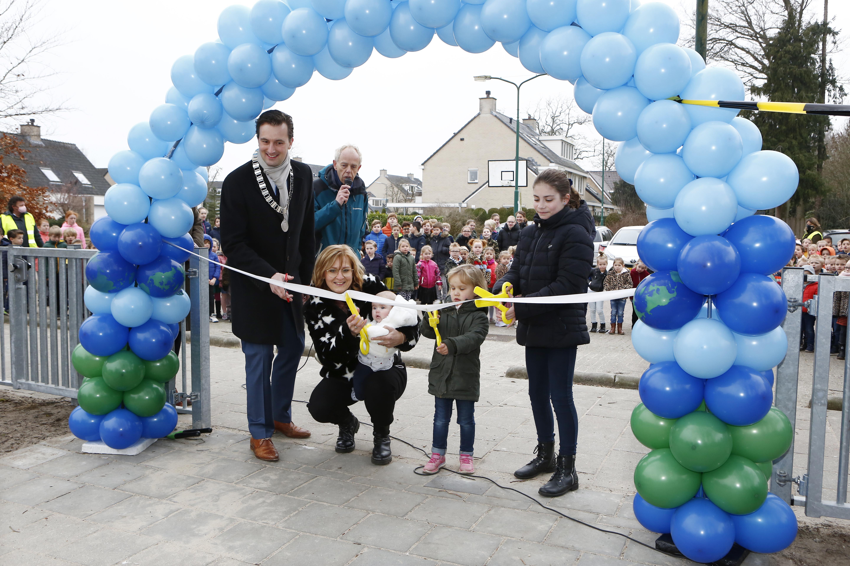 Na twee afgeblazen feestjes toch nog een officiële opening van eerste IKC van Wijdemeren