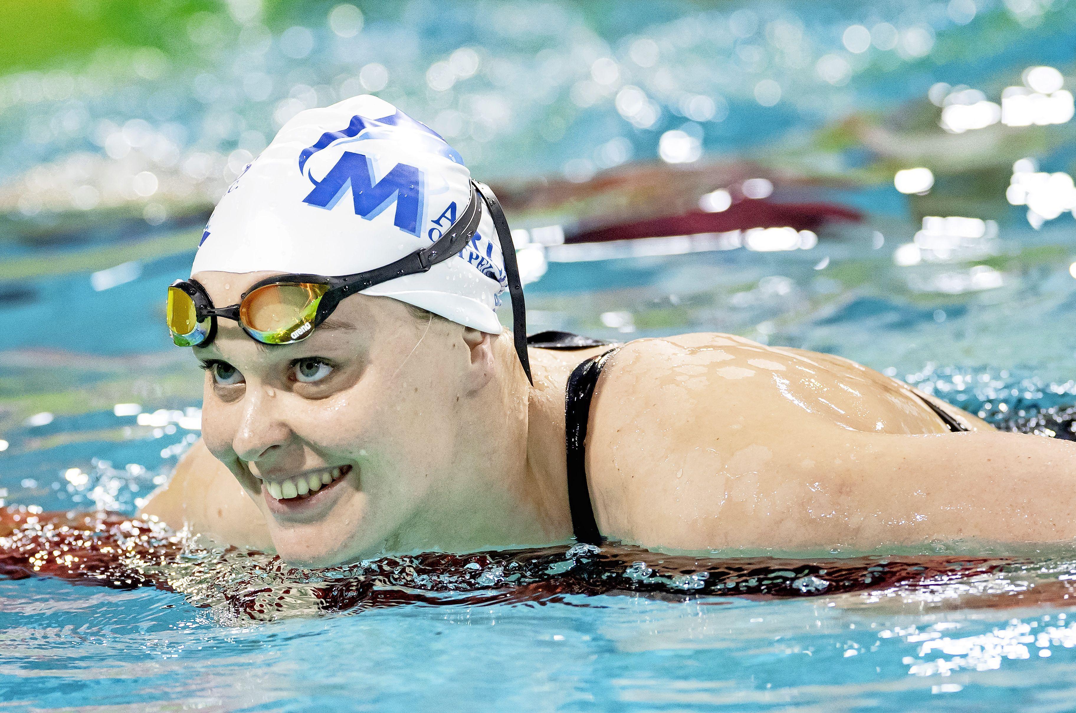 Zwemster Sharon van Rouwendaal neemt al voor de Spelen een voorsprong
