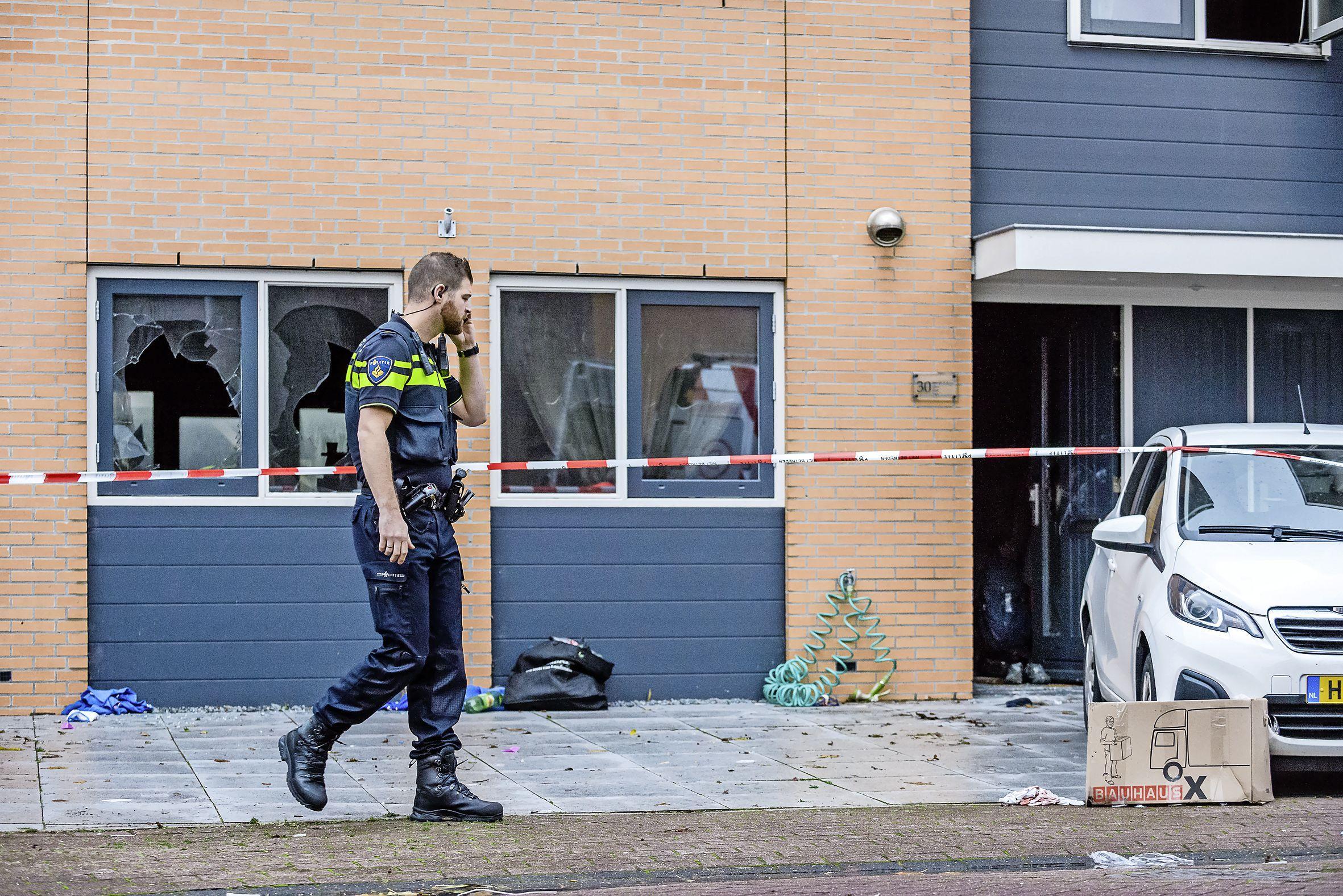 Zoon komt om bij brand in woning, rest van gezin zwaargewond: Assendelver geeft opzet toe, onderzoek moet aantonen of hij toerekeningsvatbaar is