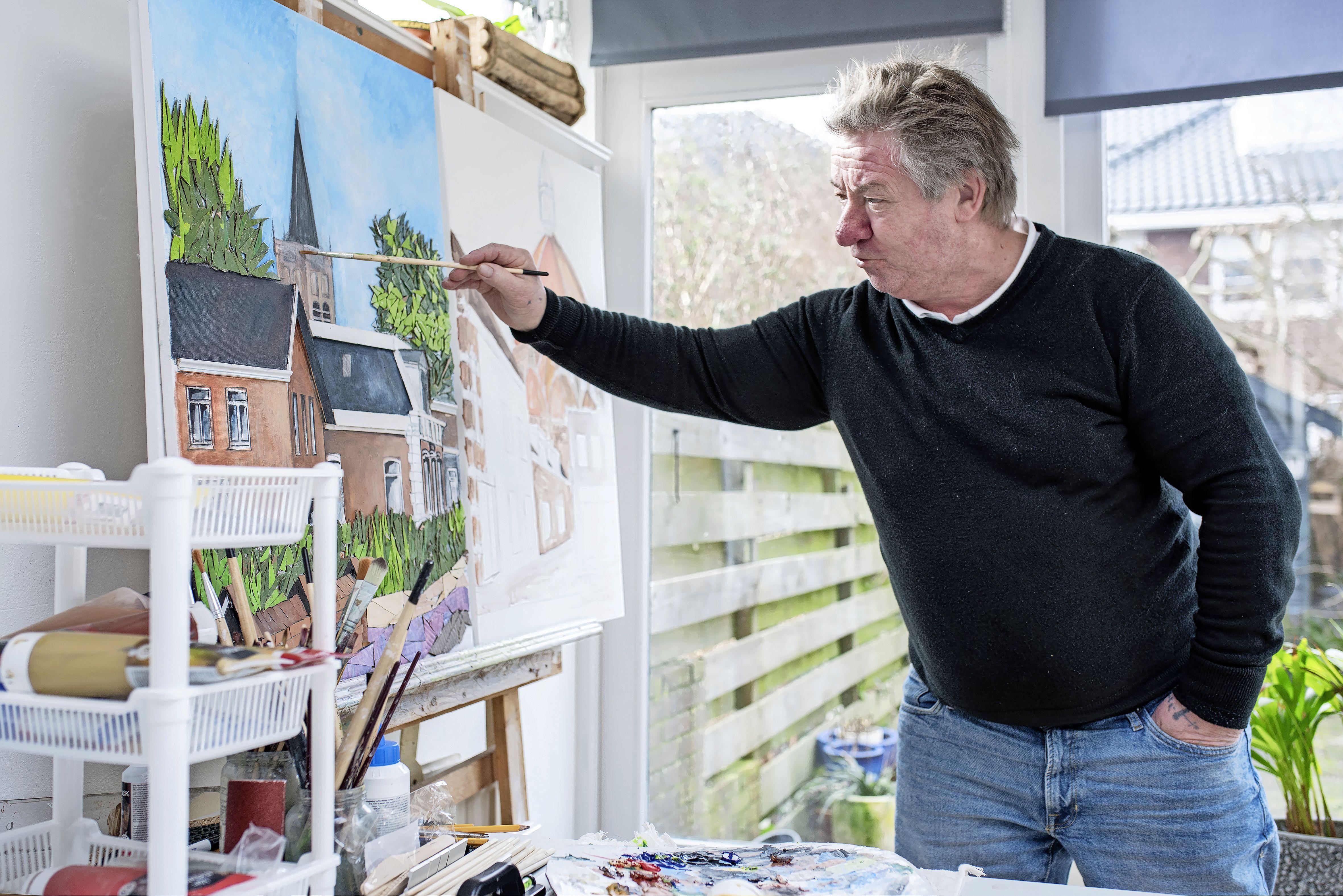 Oud-IJmuidenaar Louis 't Hart schildert om de geschiedenis van Kennemerland te bewaren