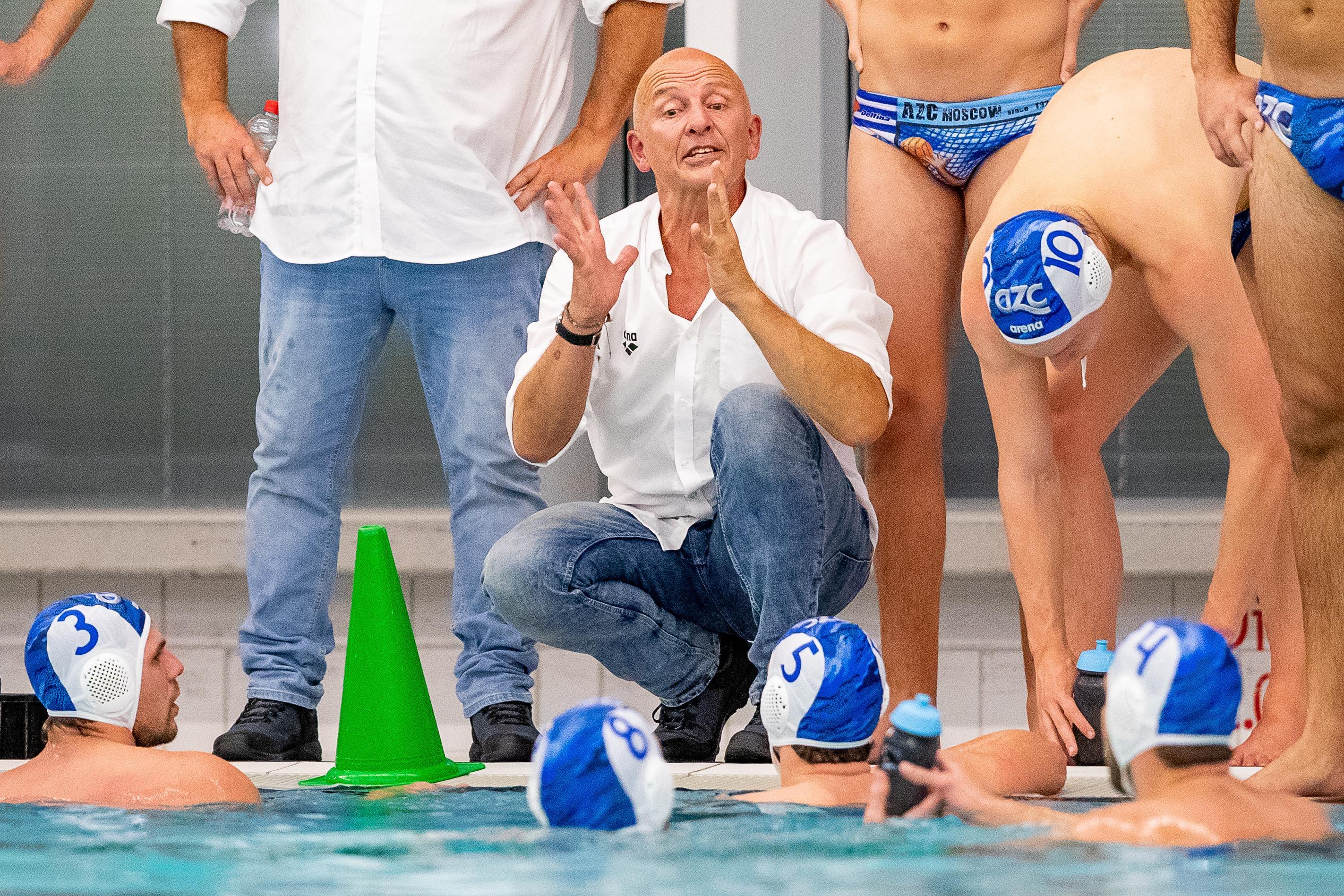 AZC-coach Van Zeeland na nederlaag: 'We zijn nog niet constant genoeg'