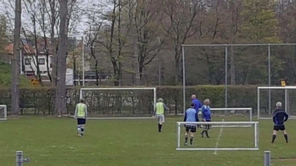 Ophef over deelname van wethouder Castricum aan illegaal potje voetbal: 'Dit is gewoon ontzettend dom'