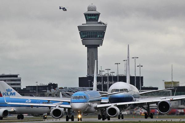 Meer klachten over vliegroutes Schiphol: veel uit Oegstgeest, ook uit Nieuwkoop