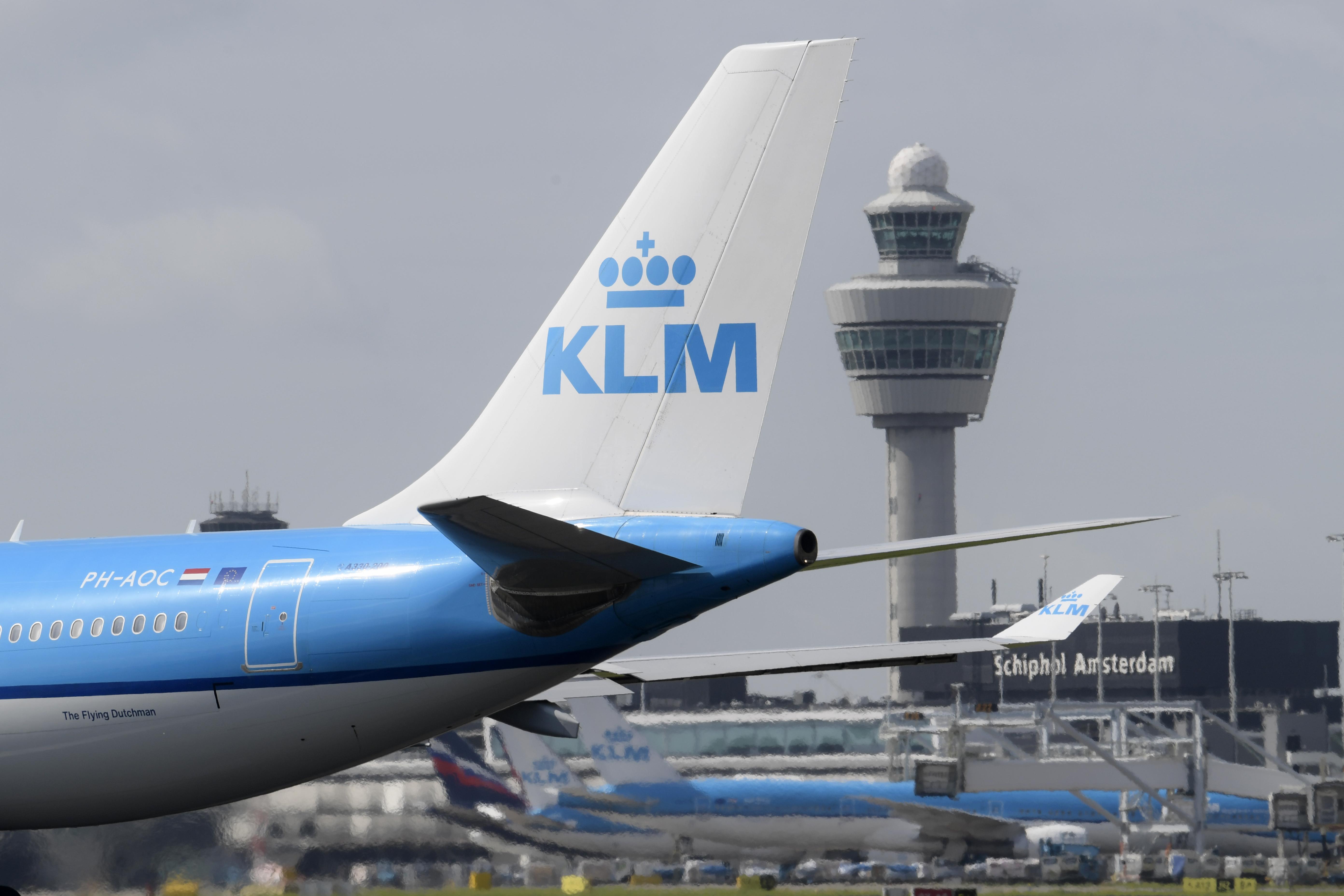 Regiobestuurders pleiten voor 'plan B' noodlijdend Schiphol. 'We willen een Schiphol dat de economie ondersteunt, in plaats van dat het een doel op zich is'