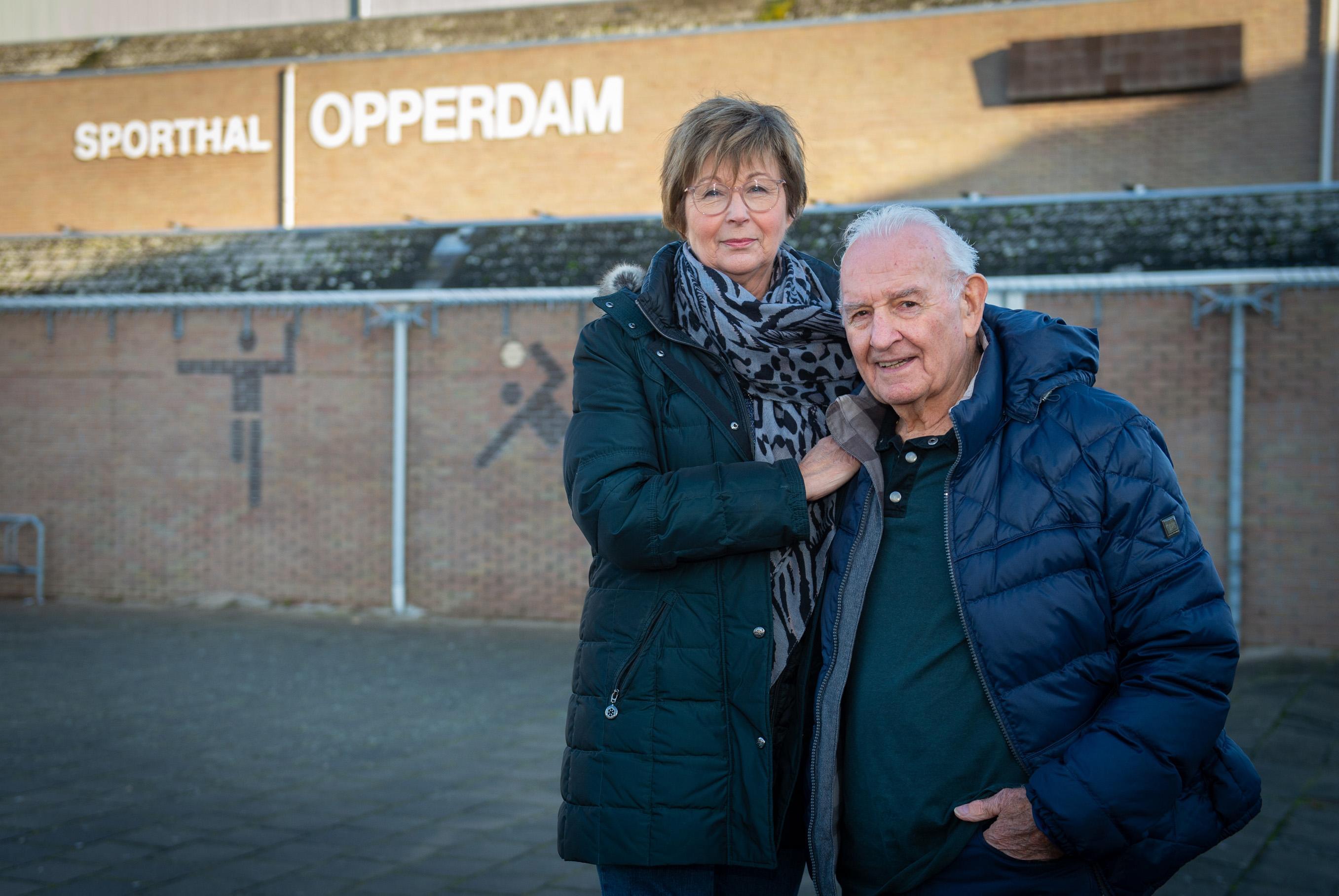 Jan en Lies Kwakman moeten het voorlopig doen zonder HV Volendam: 'Een zwart gat? Ja, zo kun je het wel noemen'