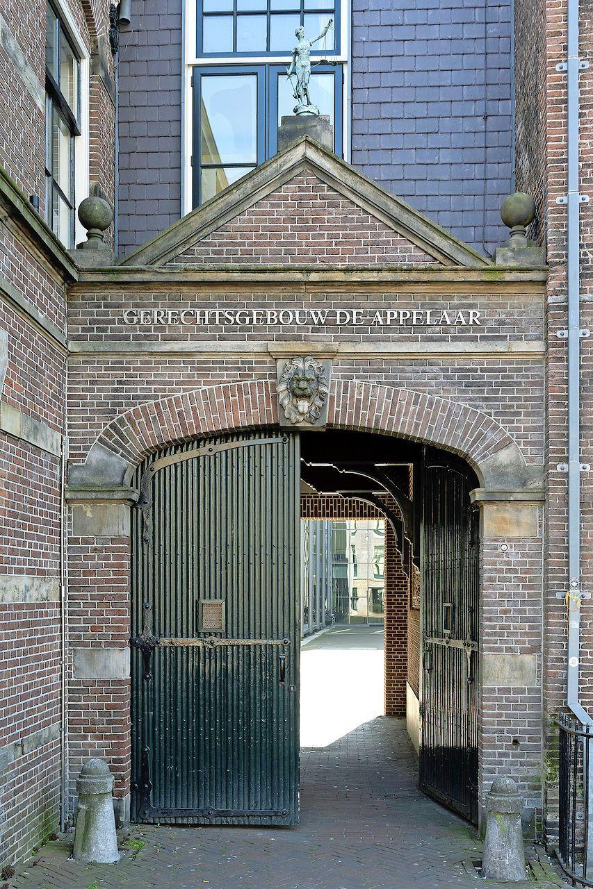Jongens van 16 jaar pleegden straatroven in Haarlem en Heemstede, 14-jarige maakte zich schuldig aan afpersing