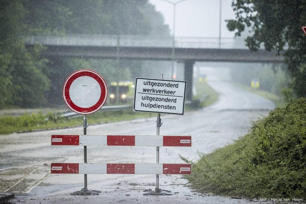 Rivier naast snelweg zakt, A2 bij Meerssen vrijgegeven