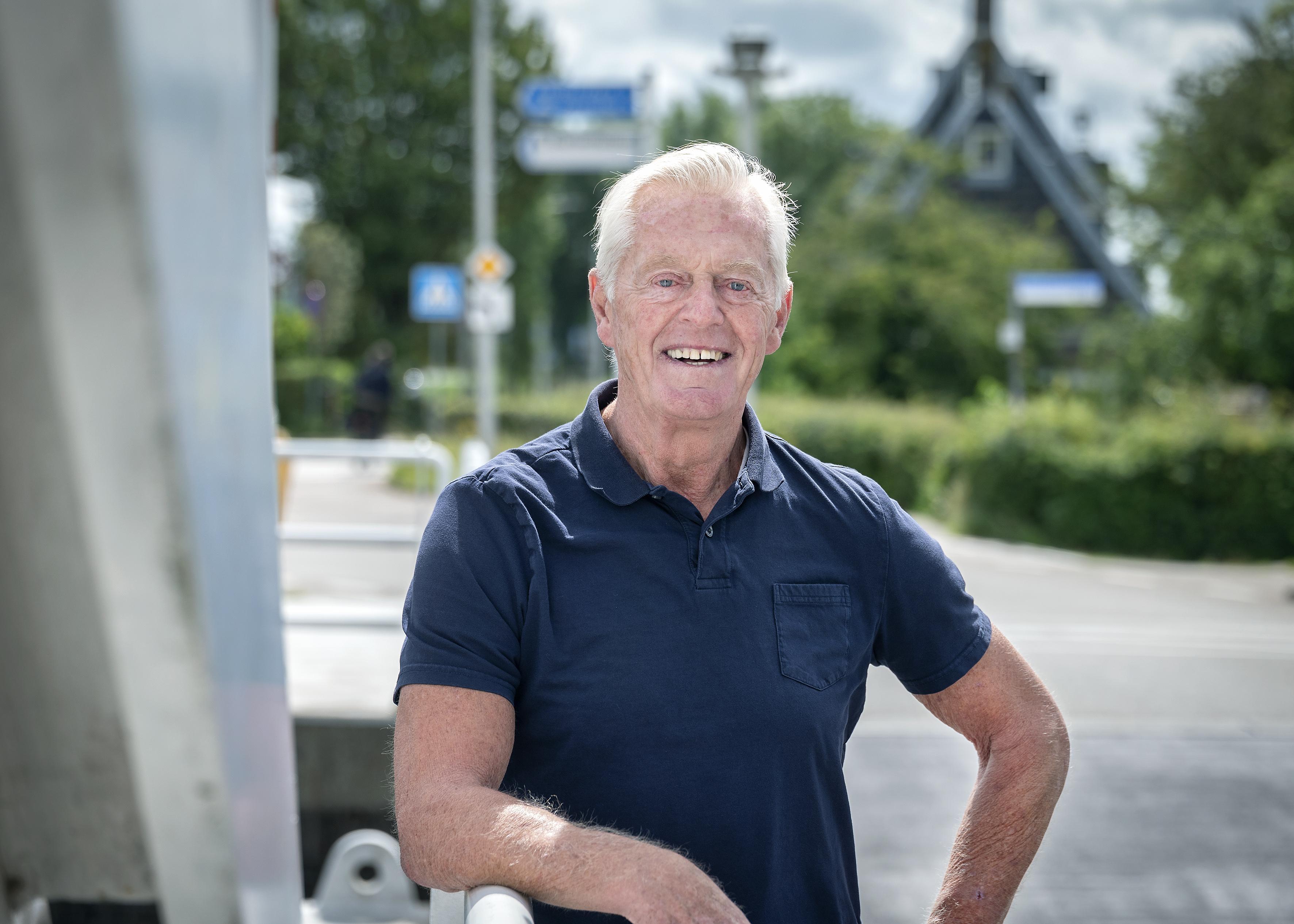 Gerrit Peijs kreeg als voetballer van Haarlem wel eens wat toegestopt van een supporter: 'Ik mocht van mijn vader nog geen contract tekenen'