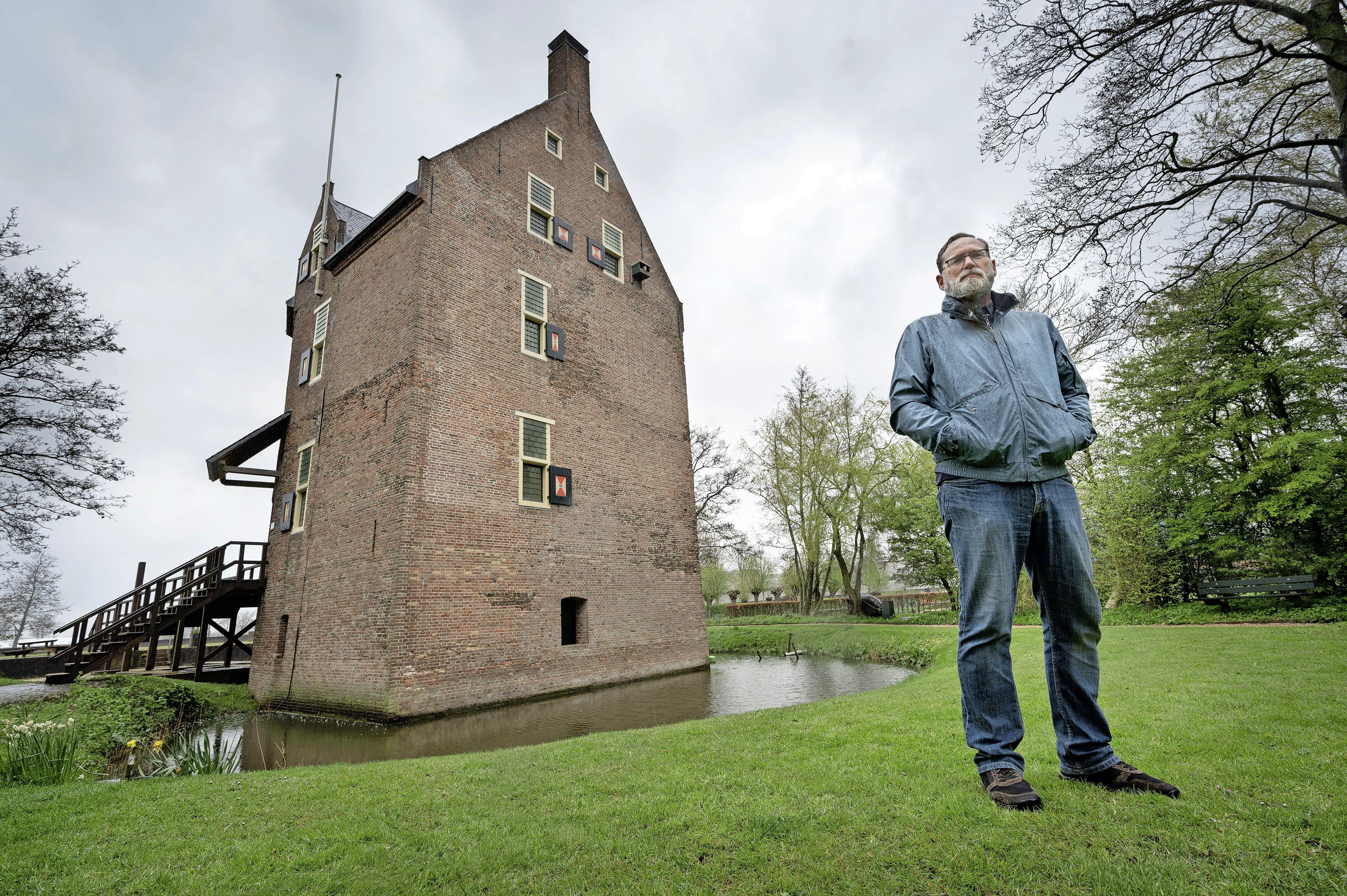 Folckert van de Veen neemt na 32 jaar afscheid van 't Huys Dever in Lisse: 'Er is maar één woontoren als deze in Nederland'