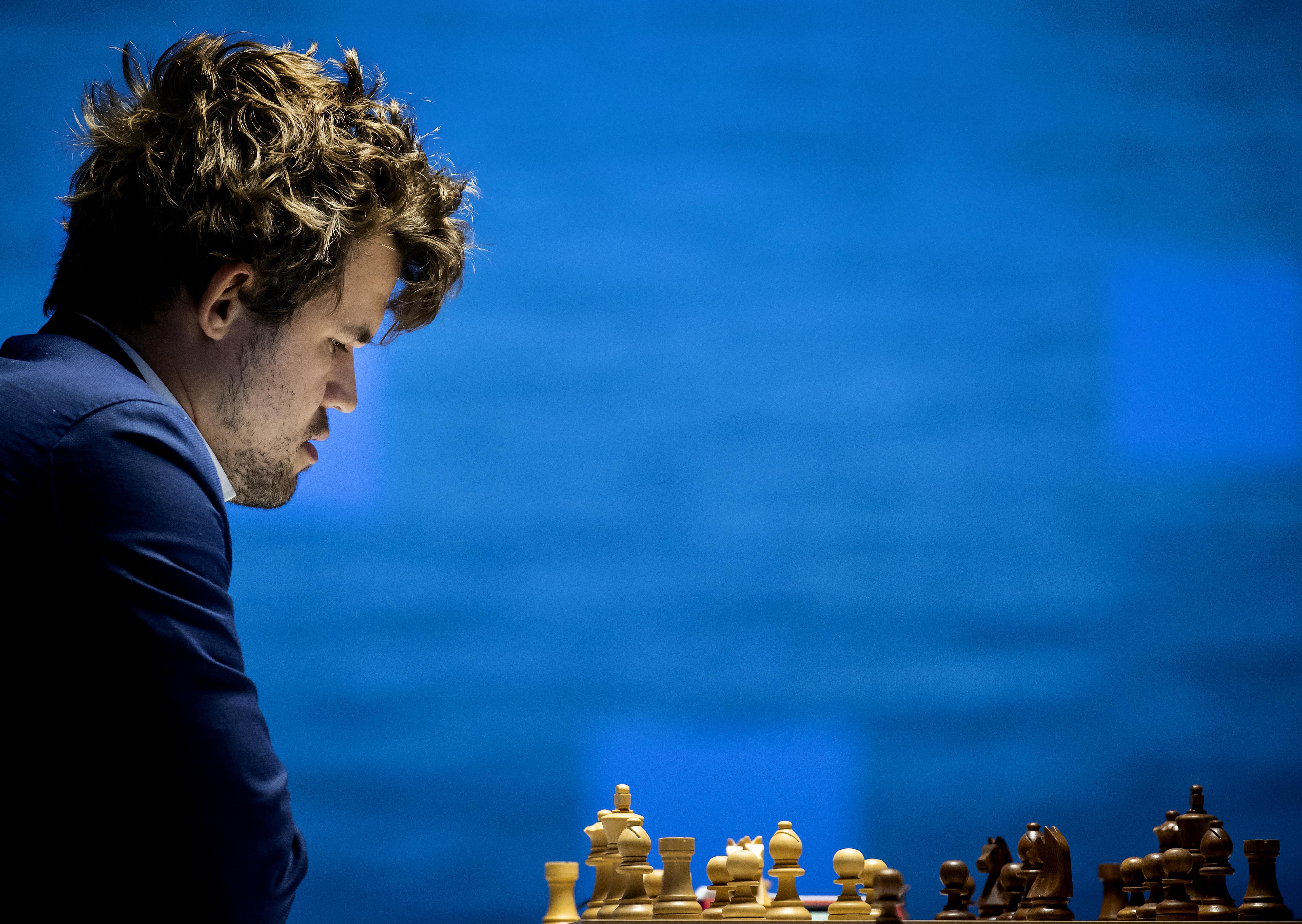 Koning onder de schakers: van verzadiging is bij Magnus Carlsen, wereldkampioen in alle disciplines, geen sprake. 'Iedereen heeft momenten van kwetsbaarheid, maar mijn kracht ligt in het nu'