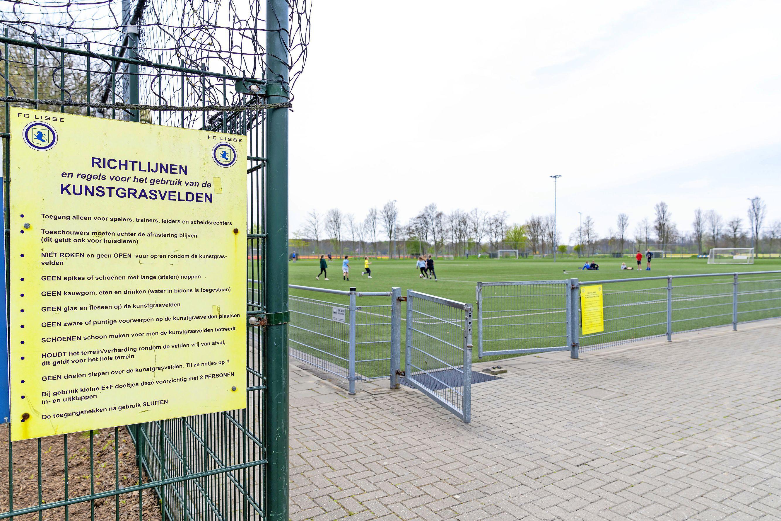 Toch rubbergranulaat op voetbalvelden FC Lisse